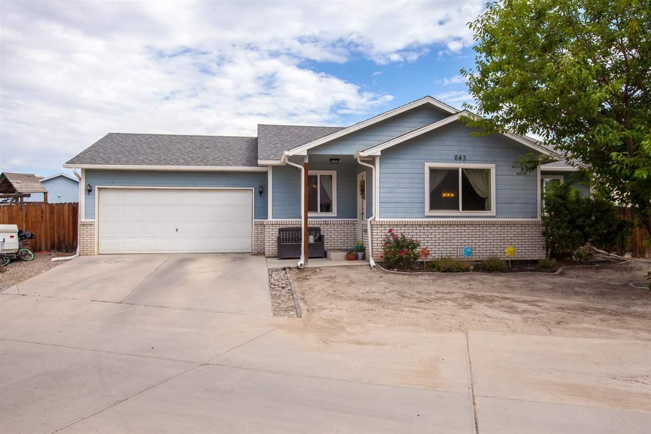 643 Colony Road Property Photo 1