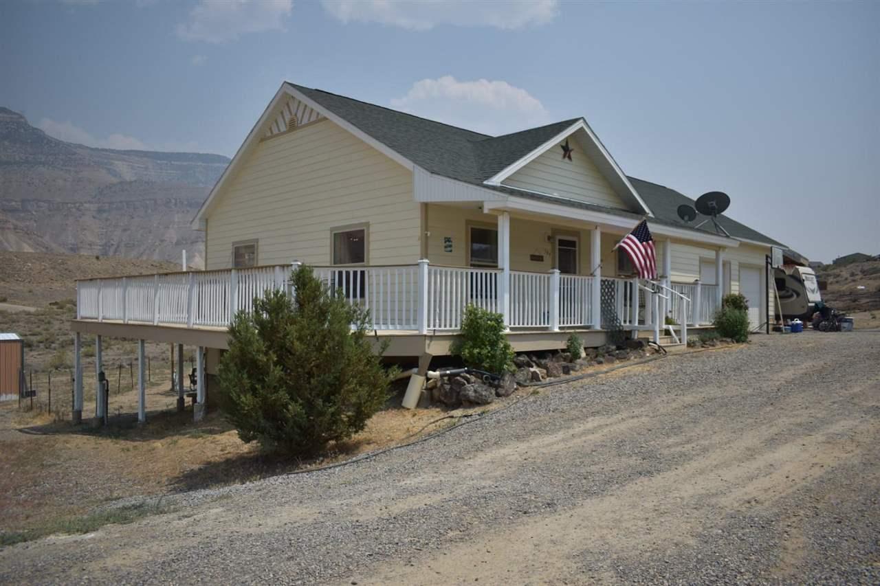 584 39 Road Property Photo
