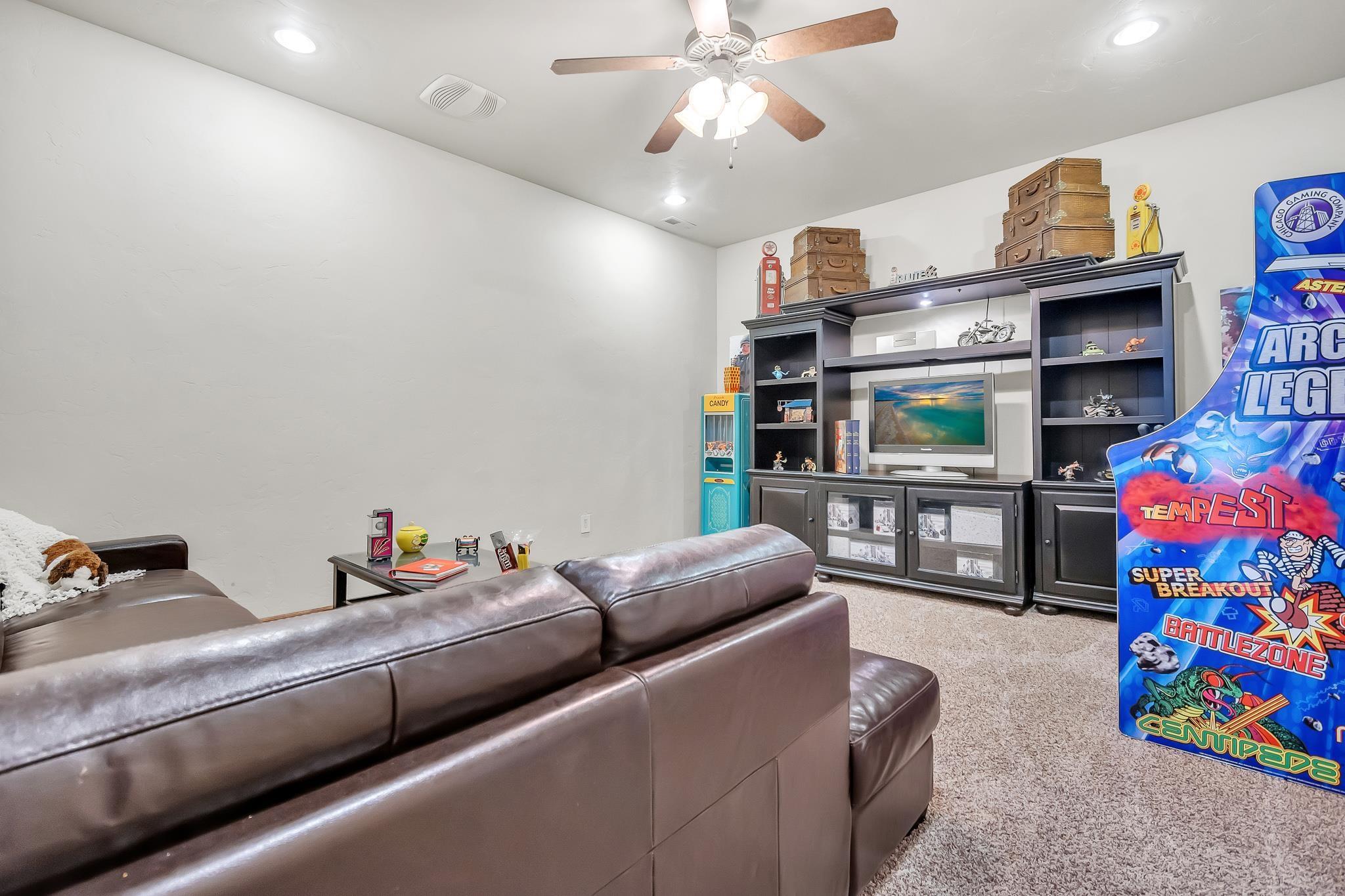 700 Roundup Drive Property Photo 31