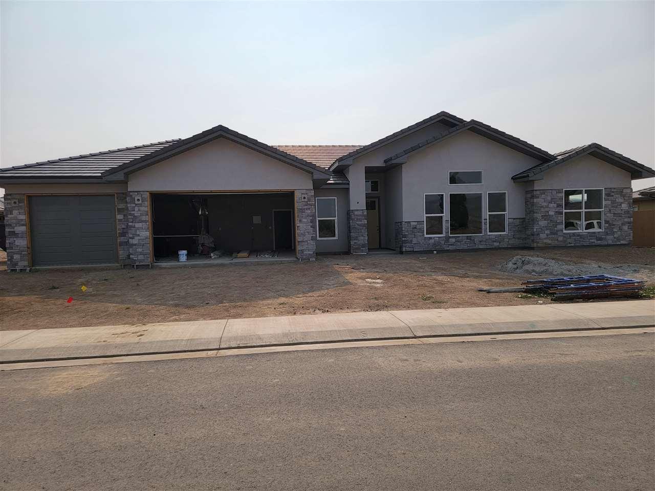 1256 Fairway Drive Property Photo 1