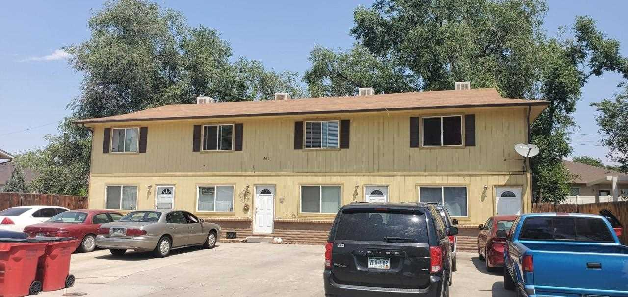 561 W Pabor Way #4 Property Photo 1