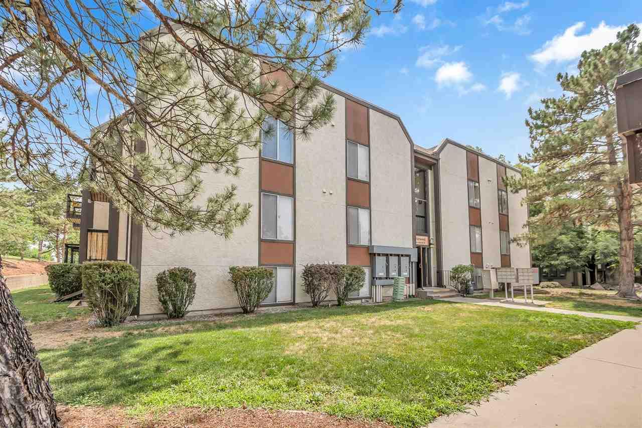 3156 Lakeside Drive #302 Property Photo 1