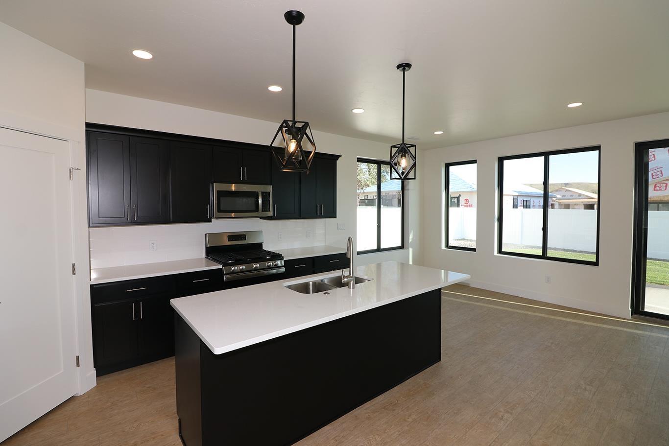 823 Rupp Avenue Property Photo 6