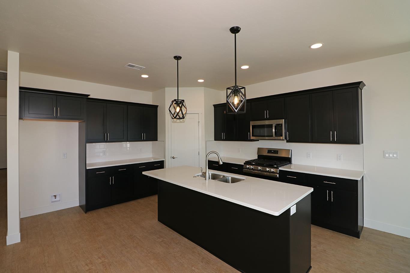 823 Rupp Avenue Property Photo 7