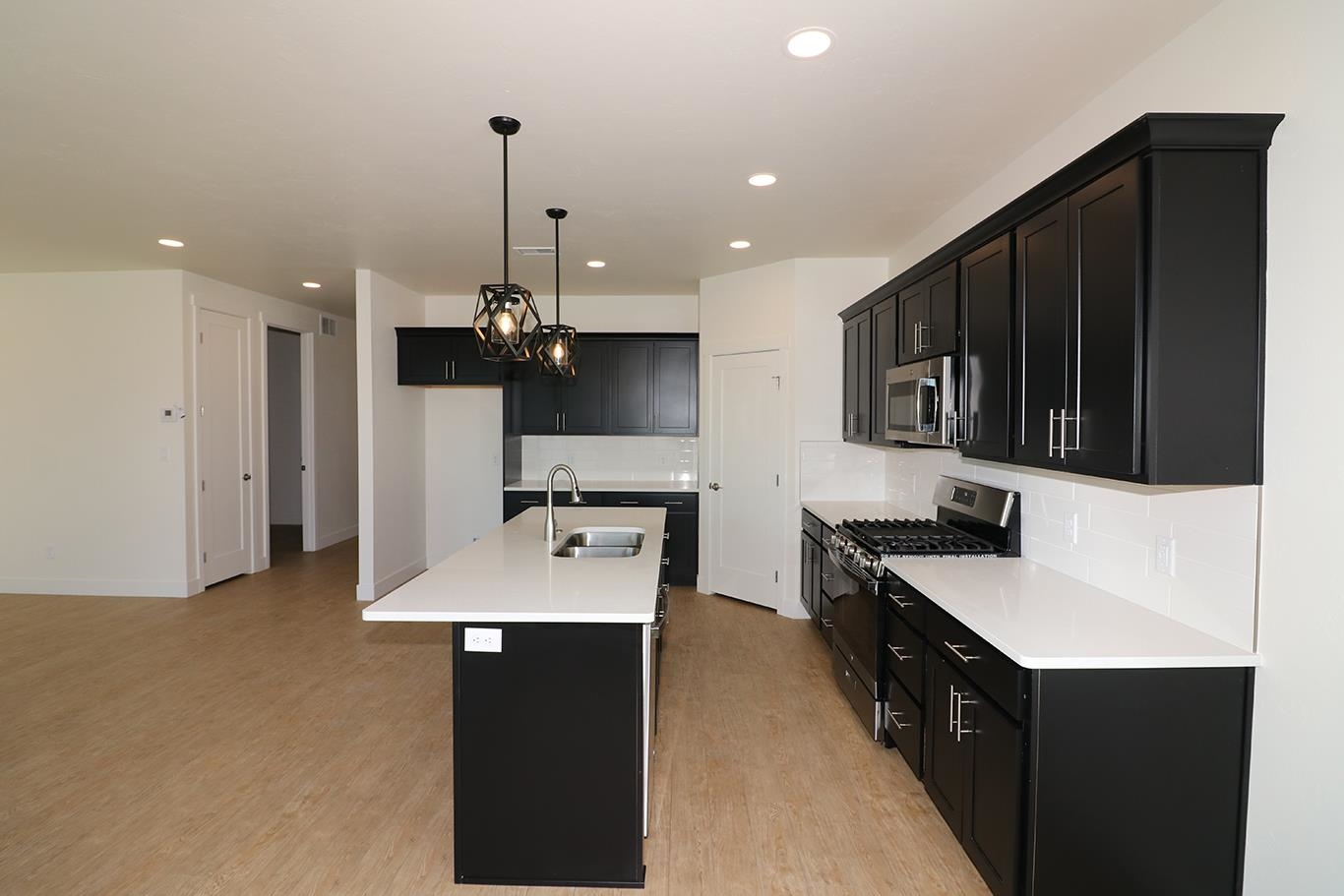 823 Rupp Avenue Property Photo 8