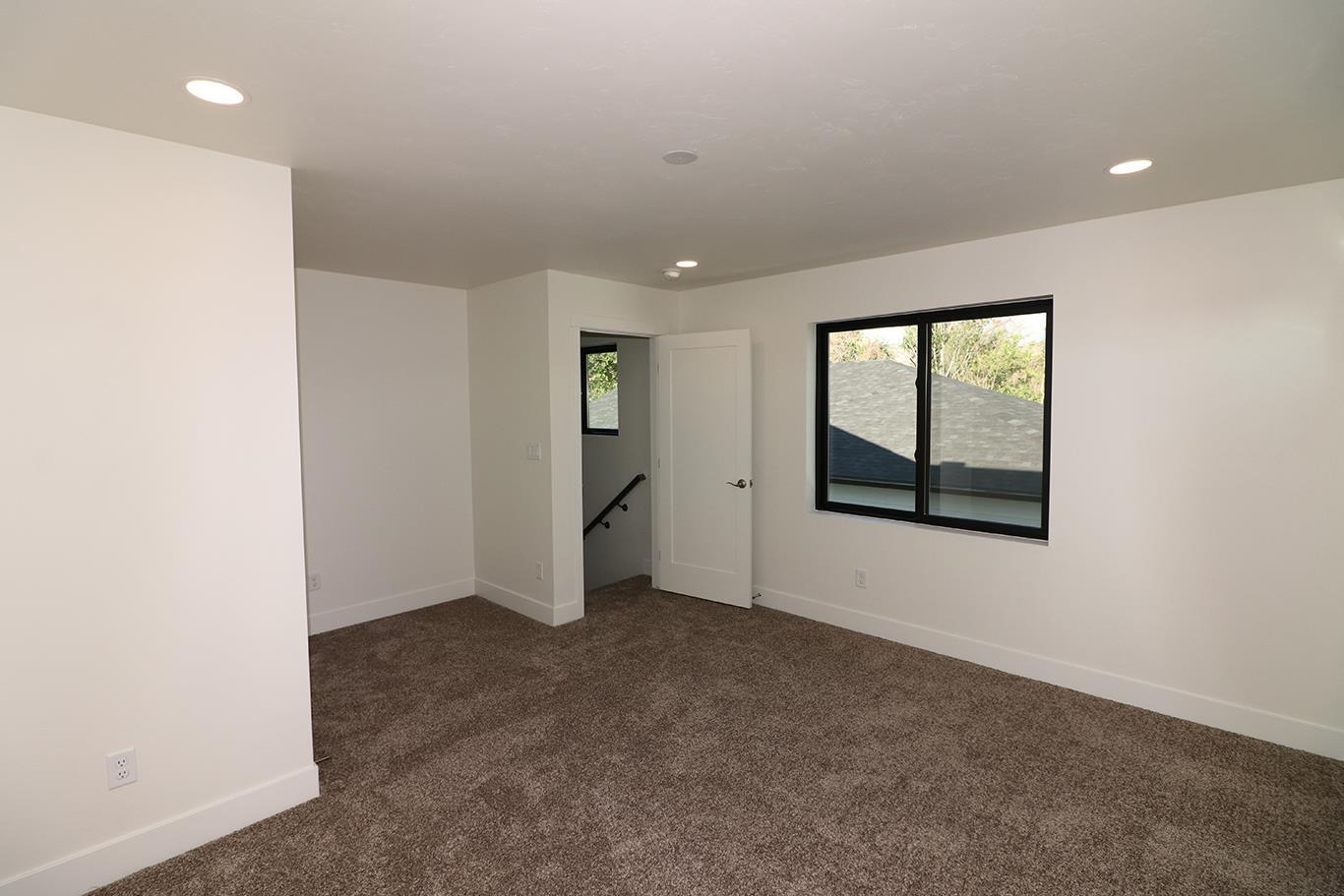 823 Rupp Avenue Property Photo 23