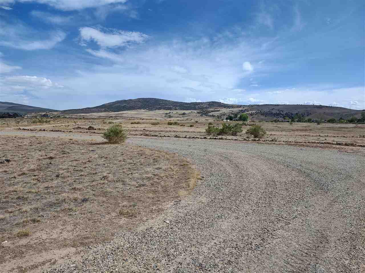 669 39 Road Property Photo 4