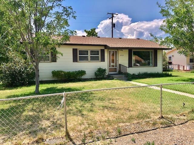 2909 Ronda Lee Road Property Photo 1
