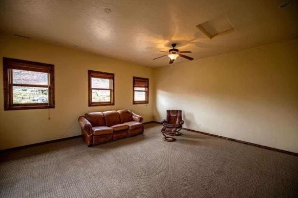 1812 Double Ring Court Property Photo 32