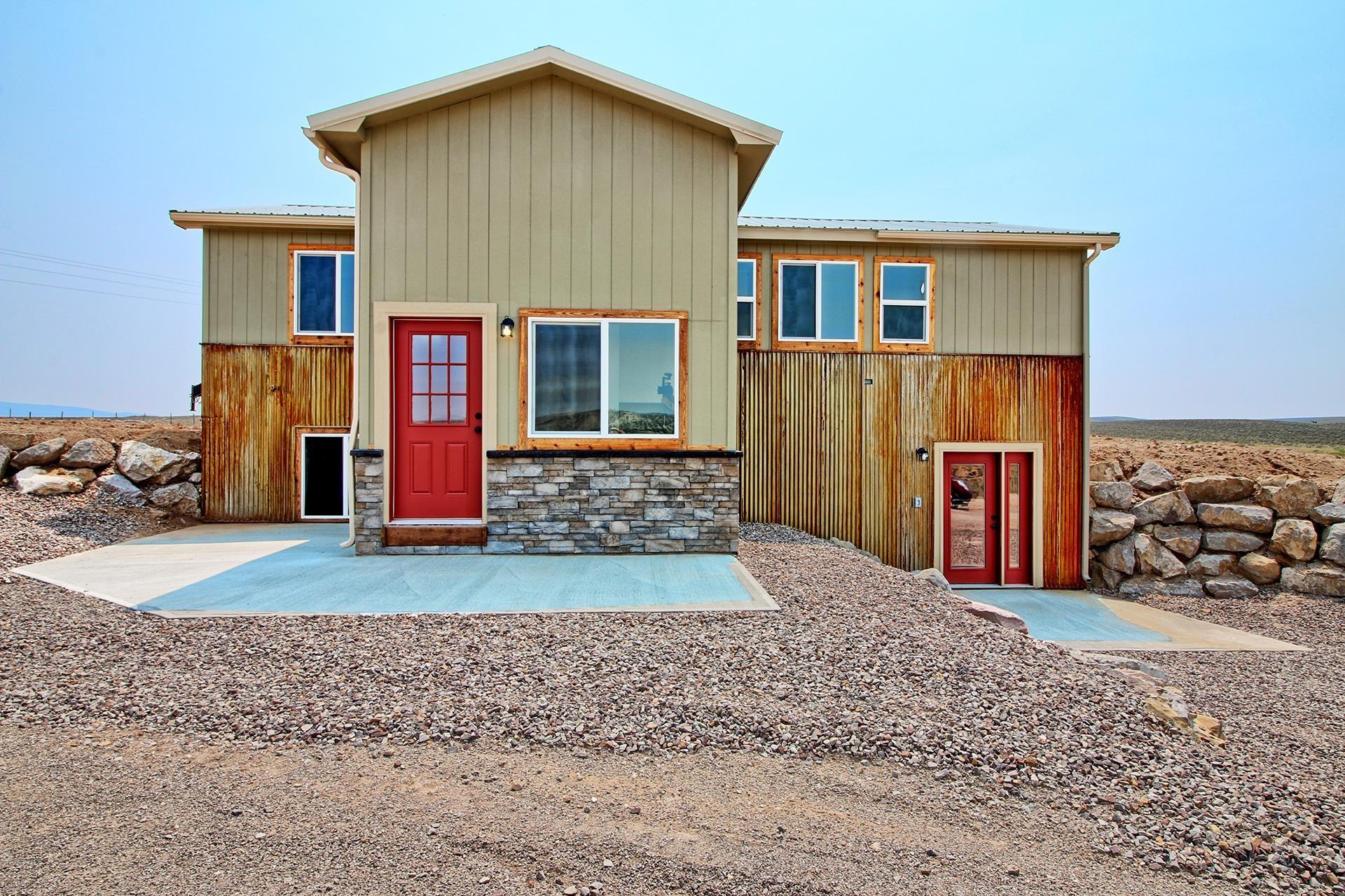 56494 W Highway 318 Property Photo