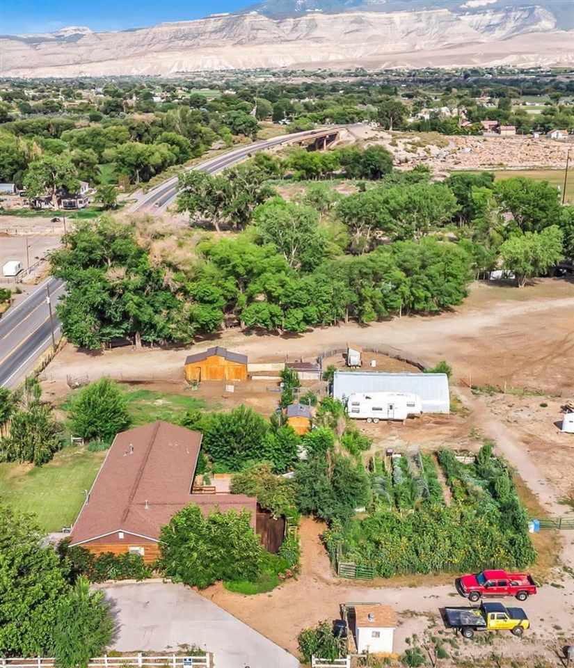 3301 F Road Property Photo 1