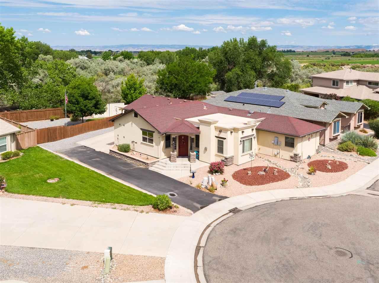 1242 Santa Fe Circle Property Photo 1