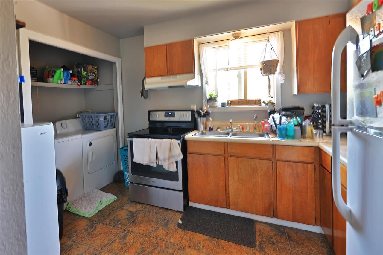 528 Oakbrush Circle Property Photo 5