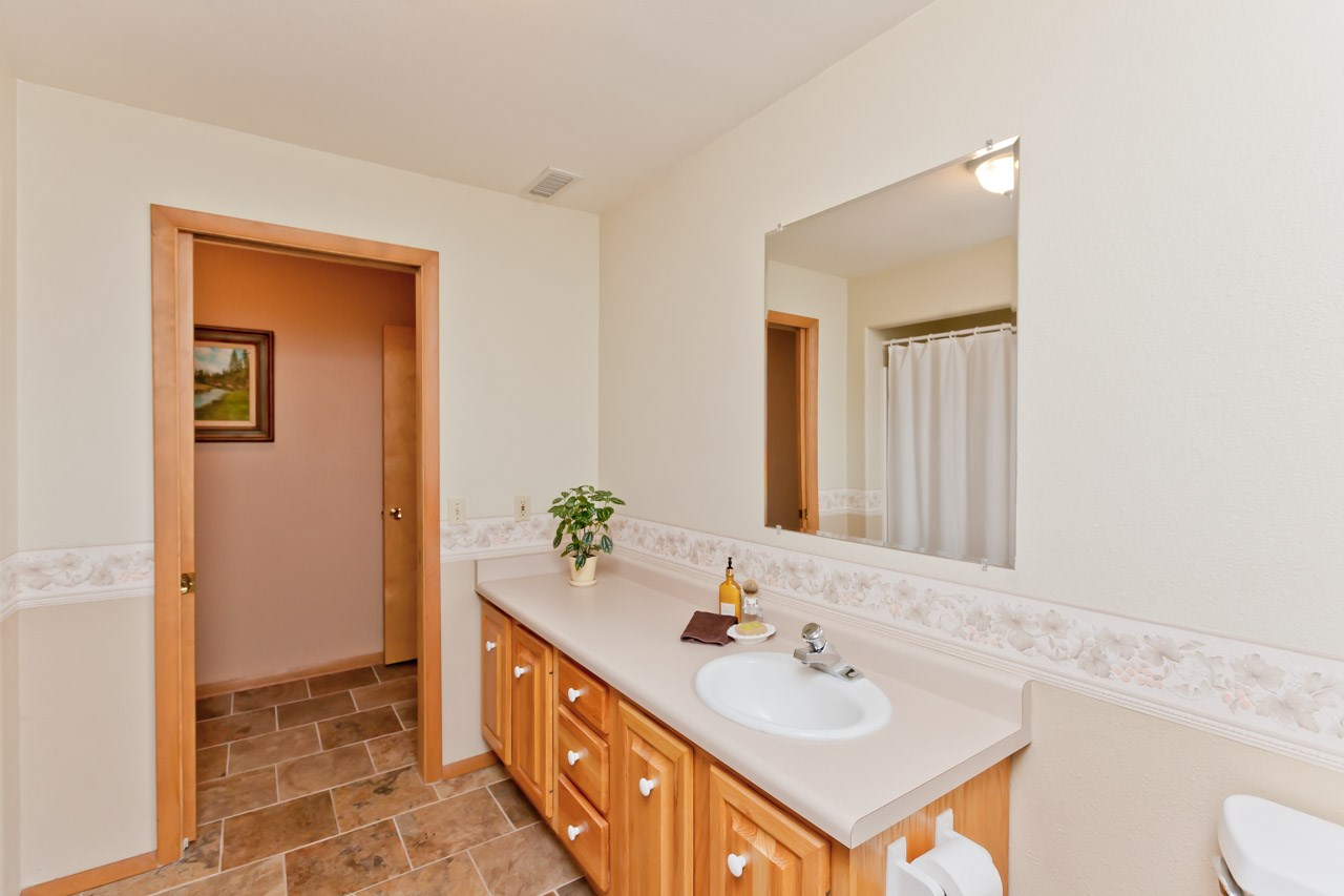 456 Tiara Vista Drive Property Photo 25