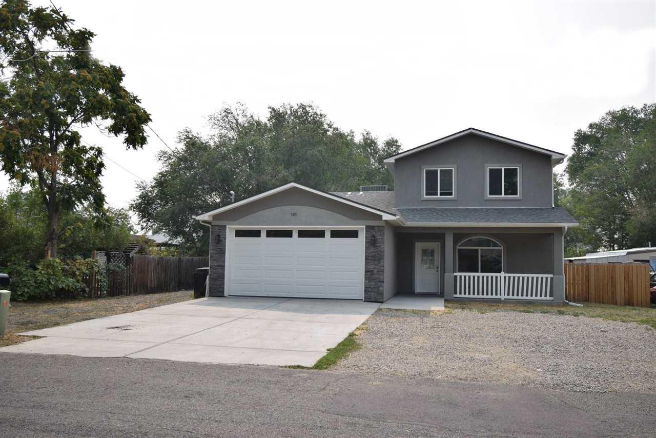 303 Pine Street Property Photo 1