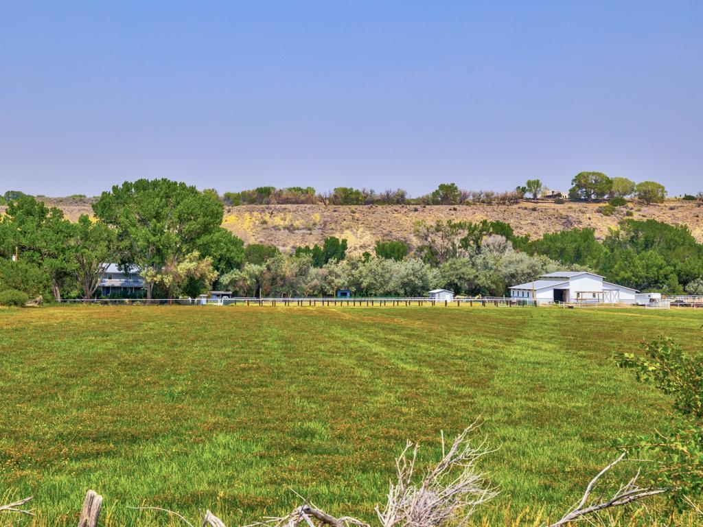 4710 Kannah Creek Road Property Photo 9