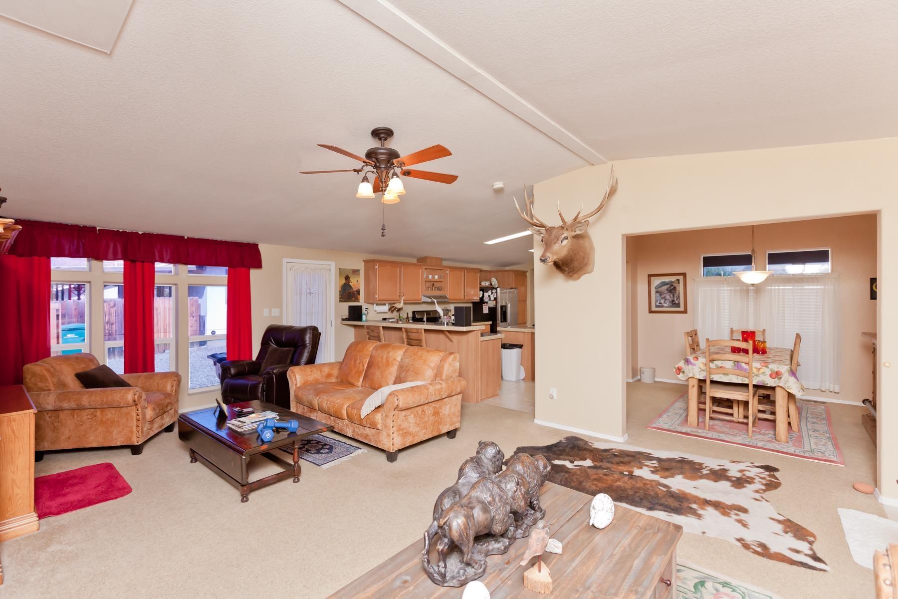 401 Pendleton Street Property Photo 6
