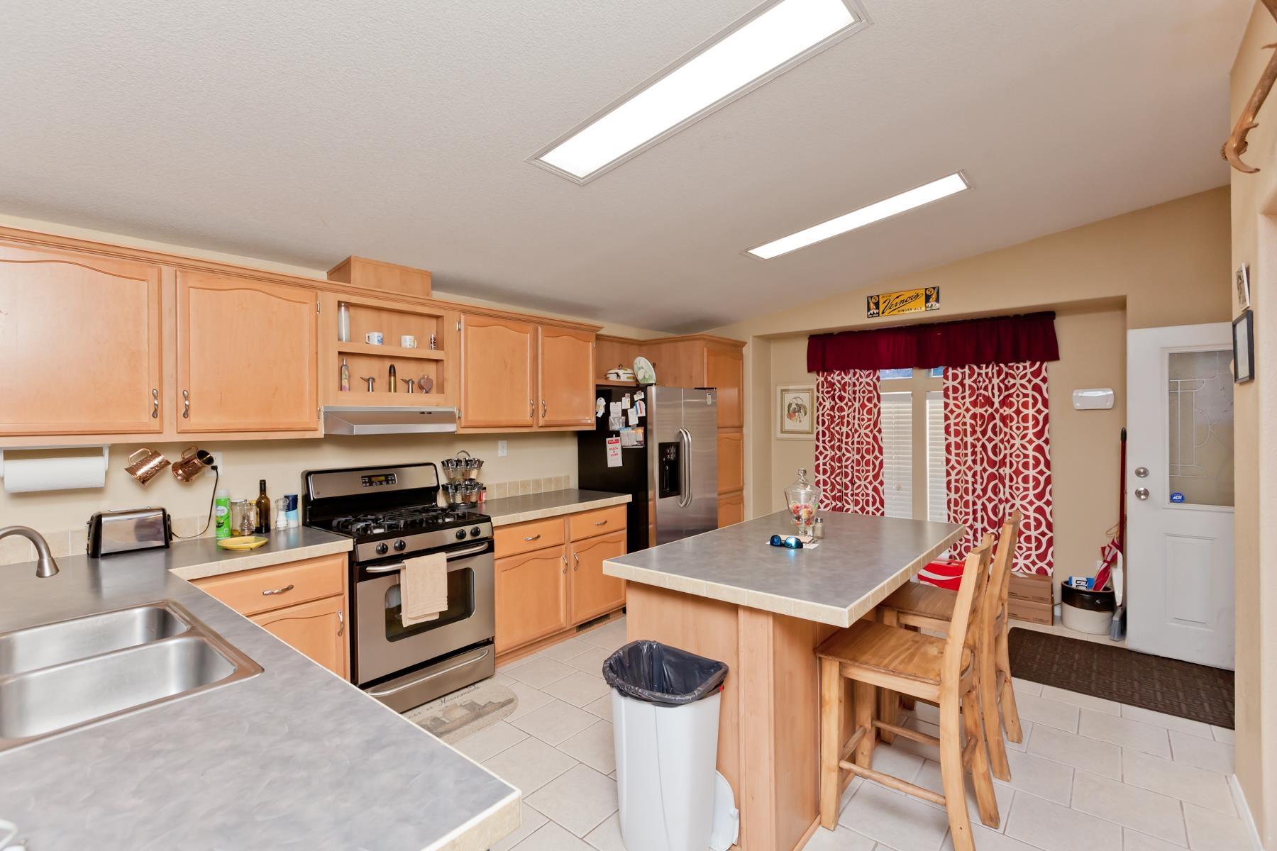 401 Pendleton Street Property Photo 8
