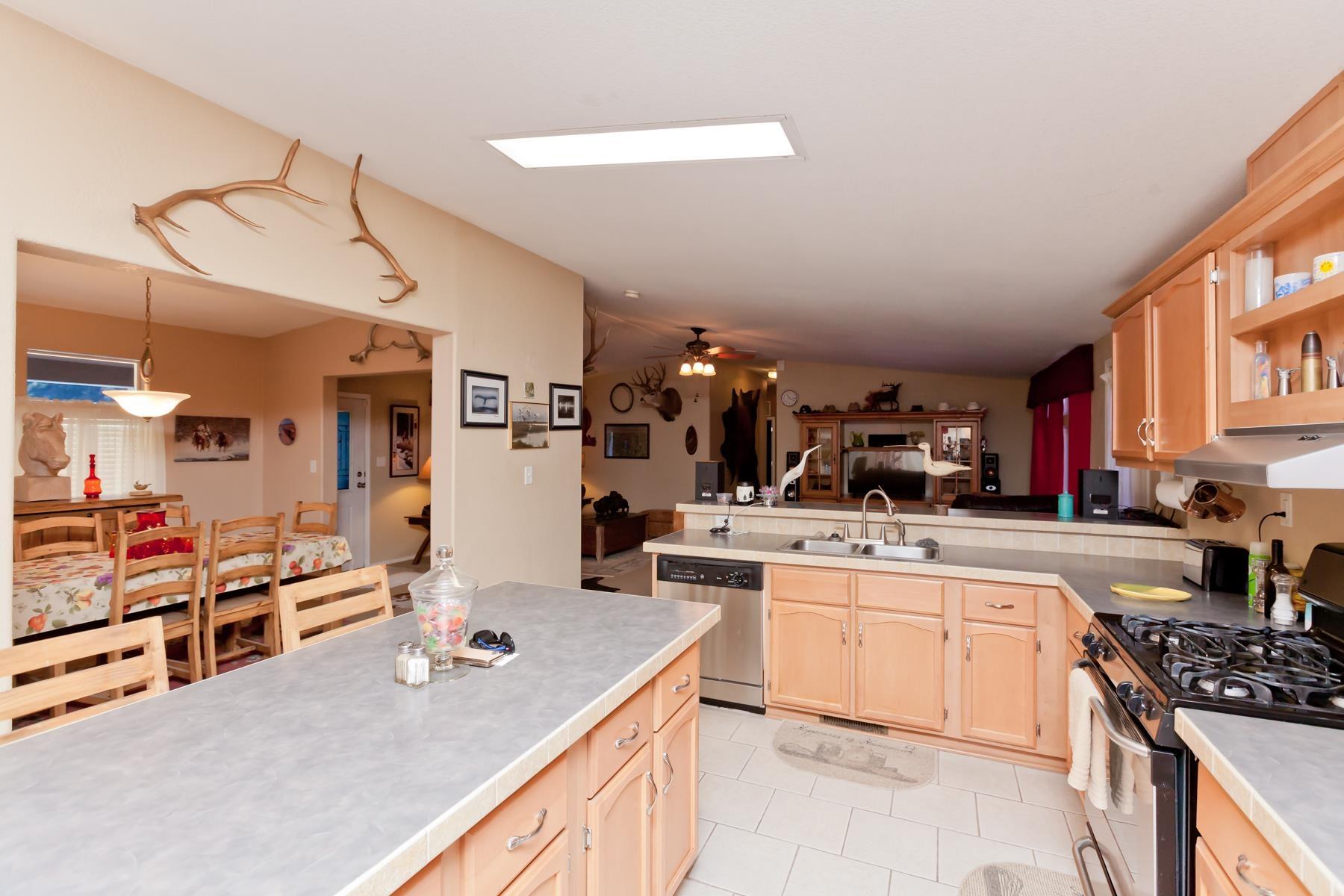 401 Pendleton Street Property Photo 10