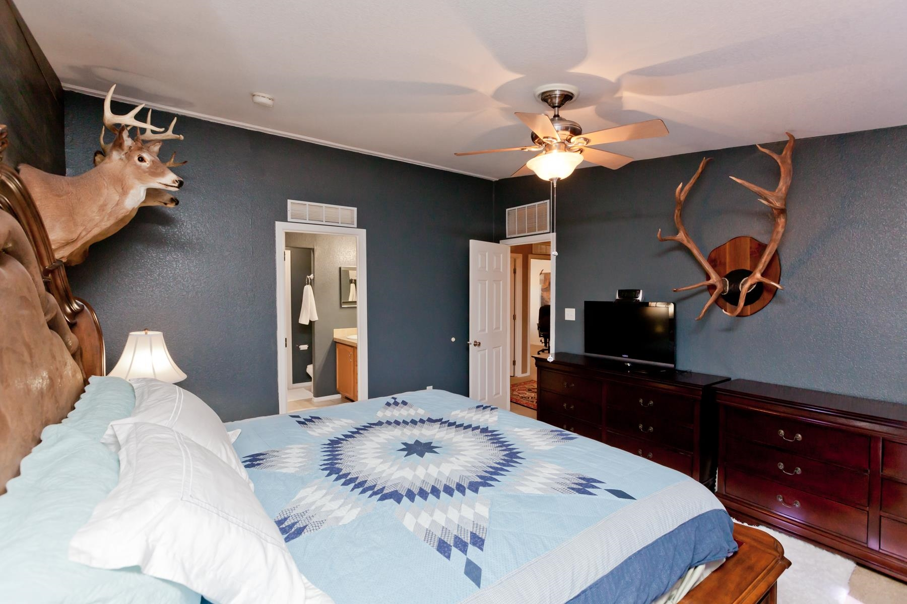 401 Pendleton Street Property Photo 13