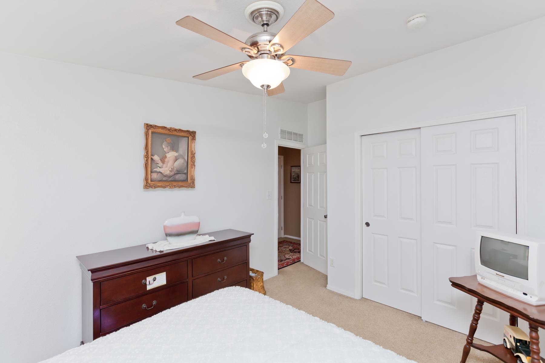 401 Pendleton Street Property Photo 16