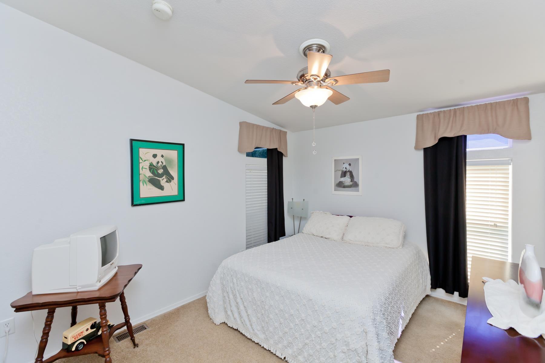 401 Pendleton Street Property Photo 17