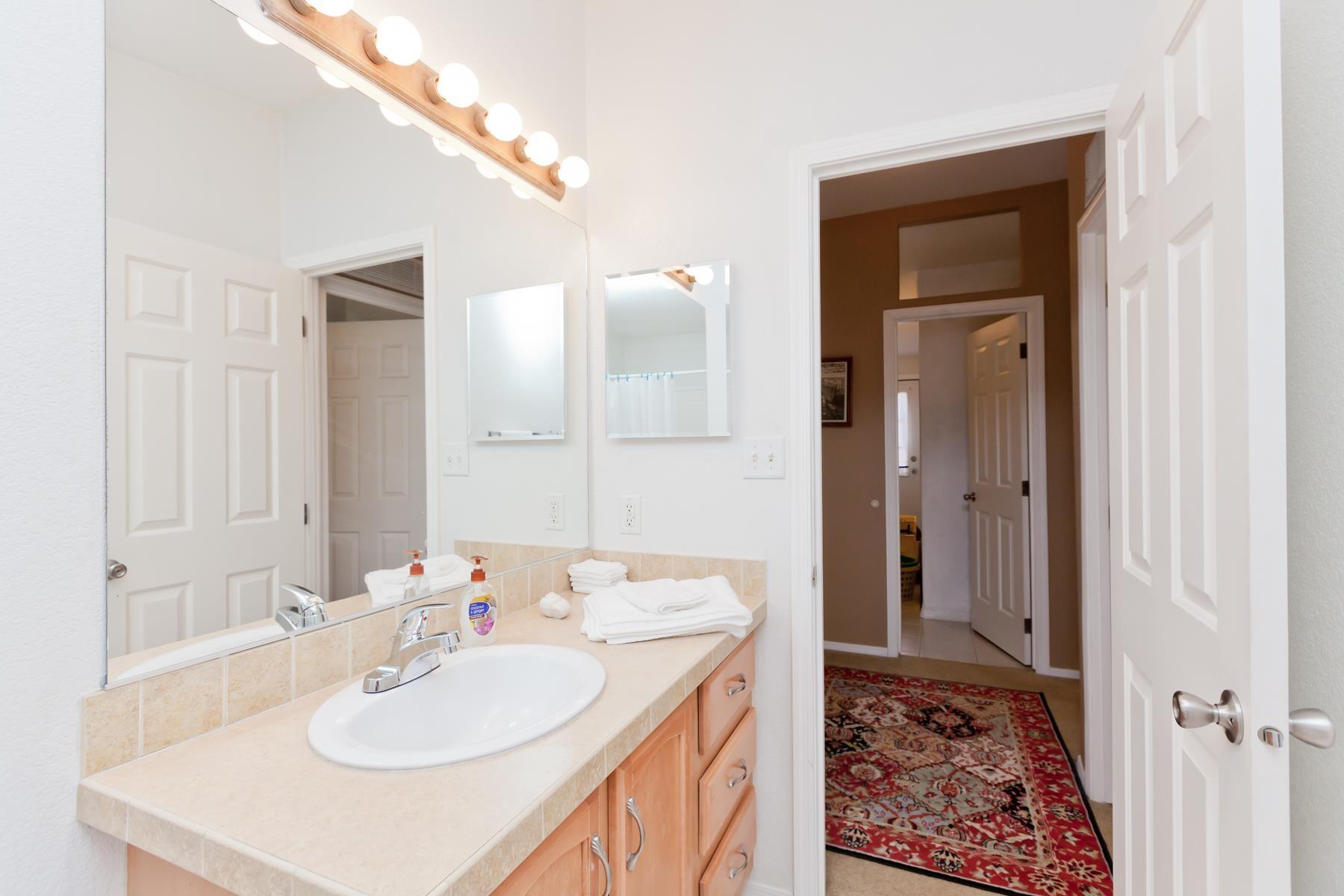 401 Pendleton Street Property Photo 20