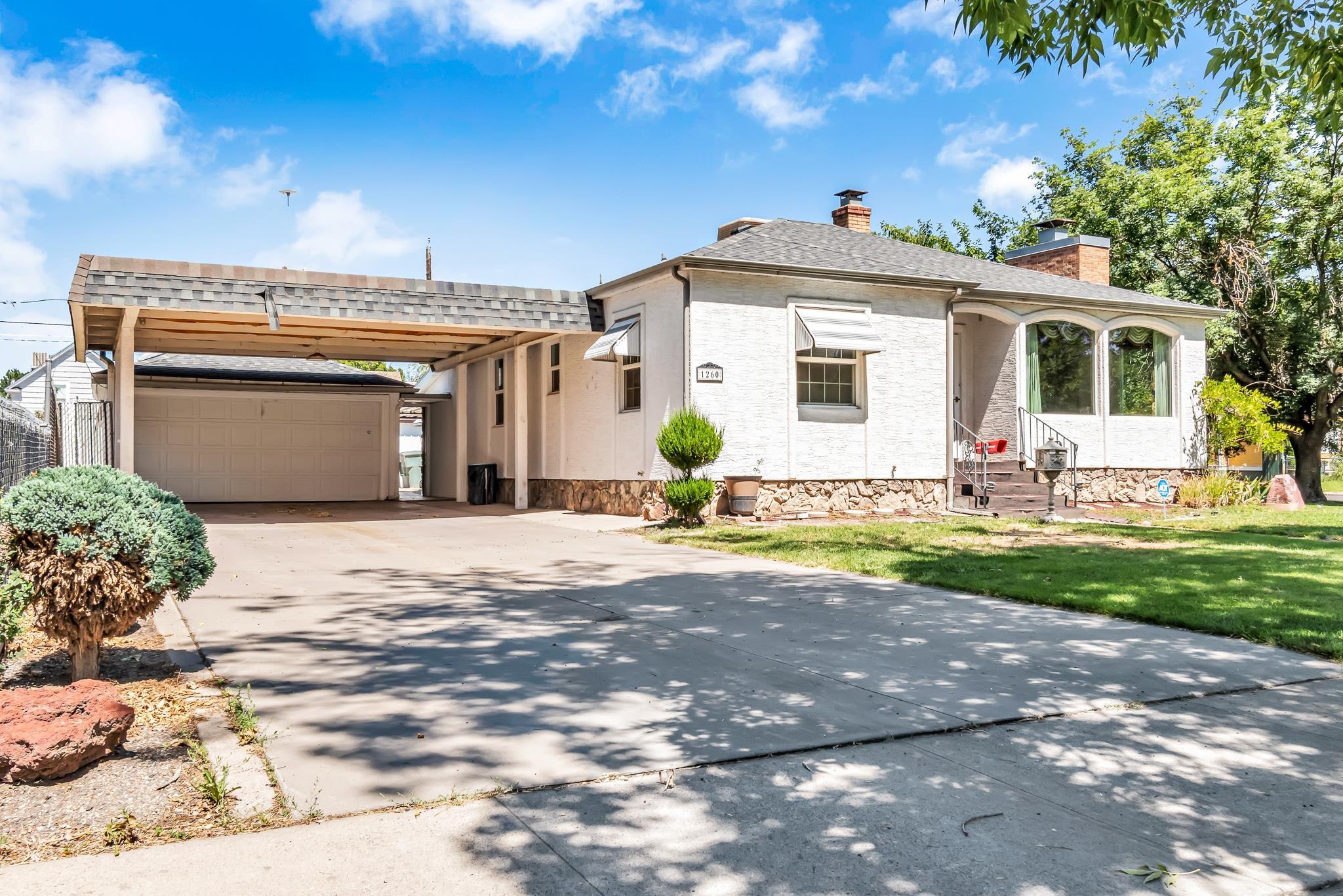 1260 White Avenue Property Photo 1