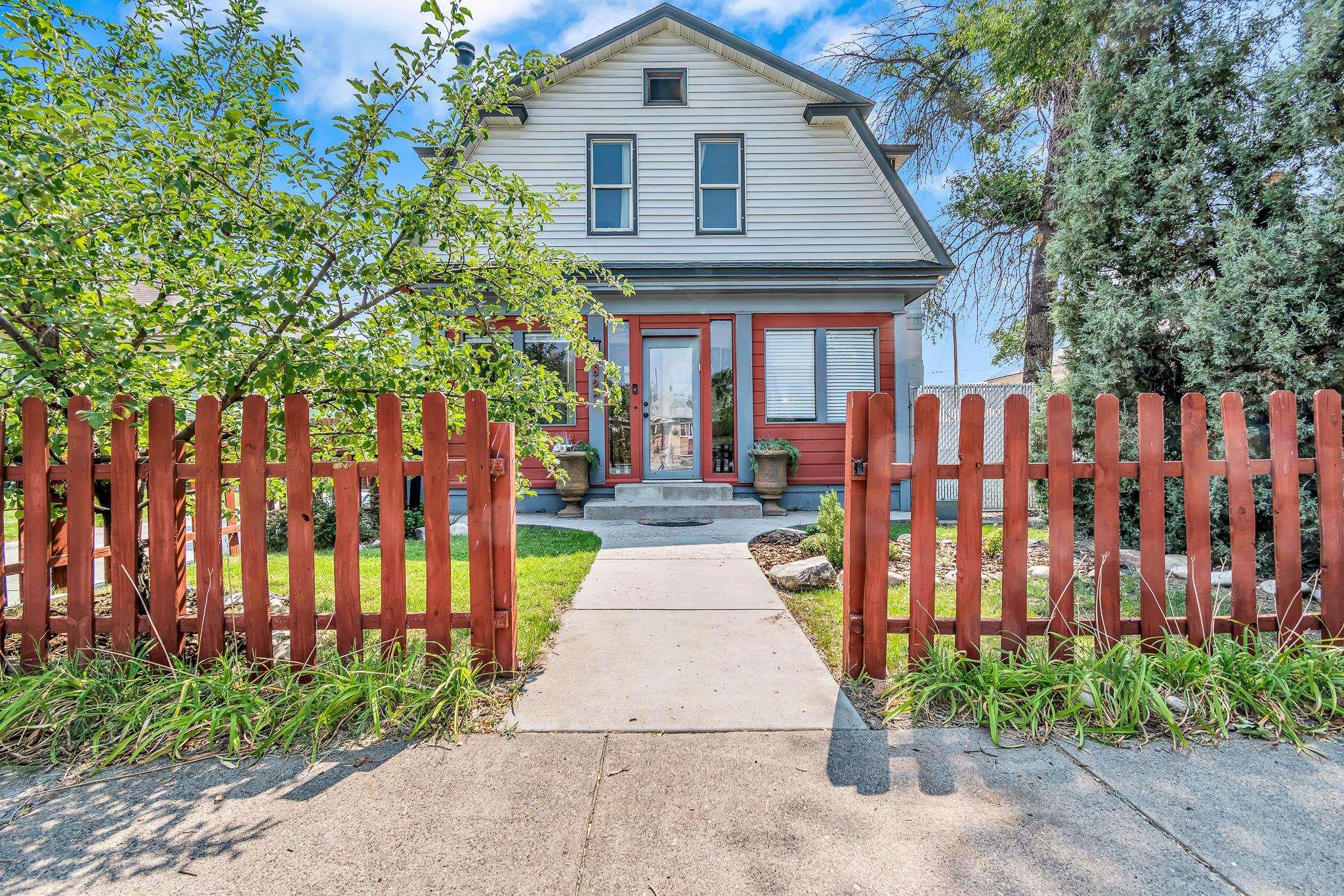 827 Chipeta Avenue Property Photo 1