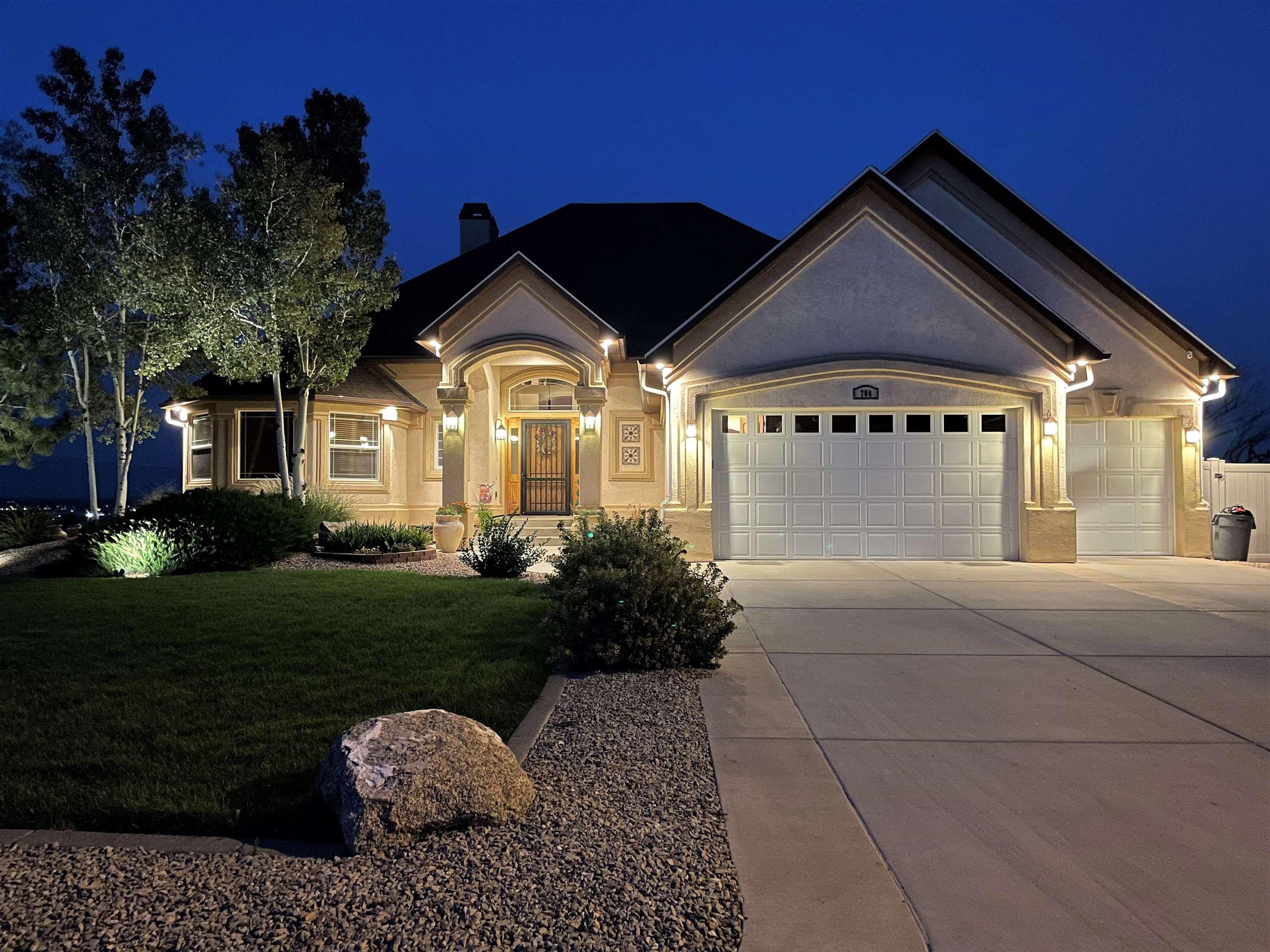 704 Roundup Drive Property Photo 2