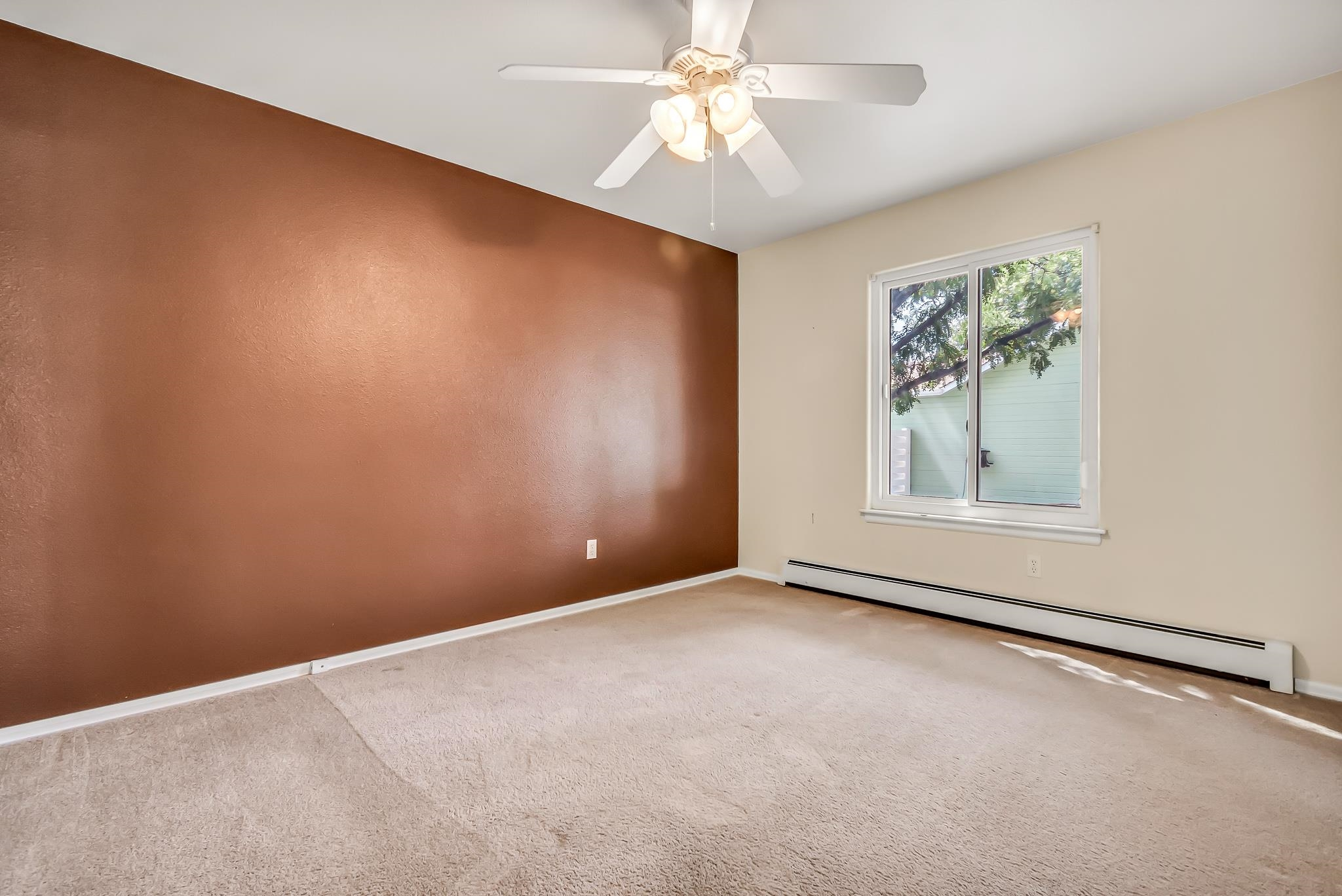 3153 Forrest Way Property Photo 16