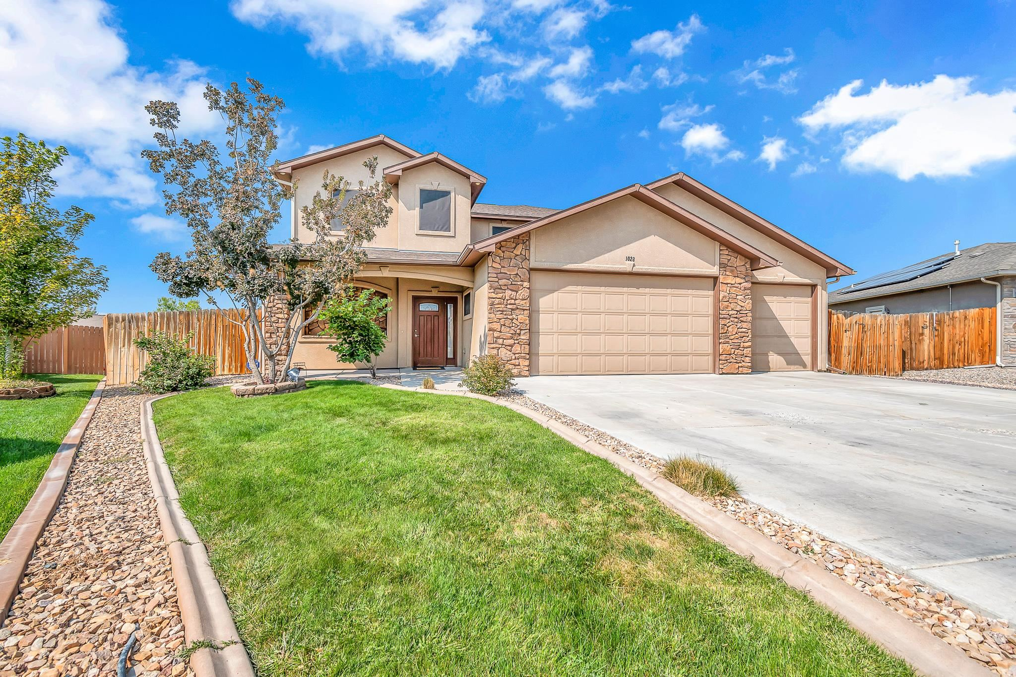 1028 Chinle Court Property Photo 1