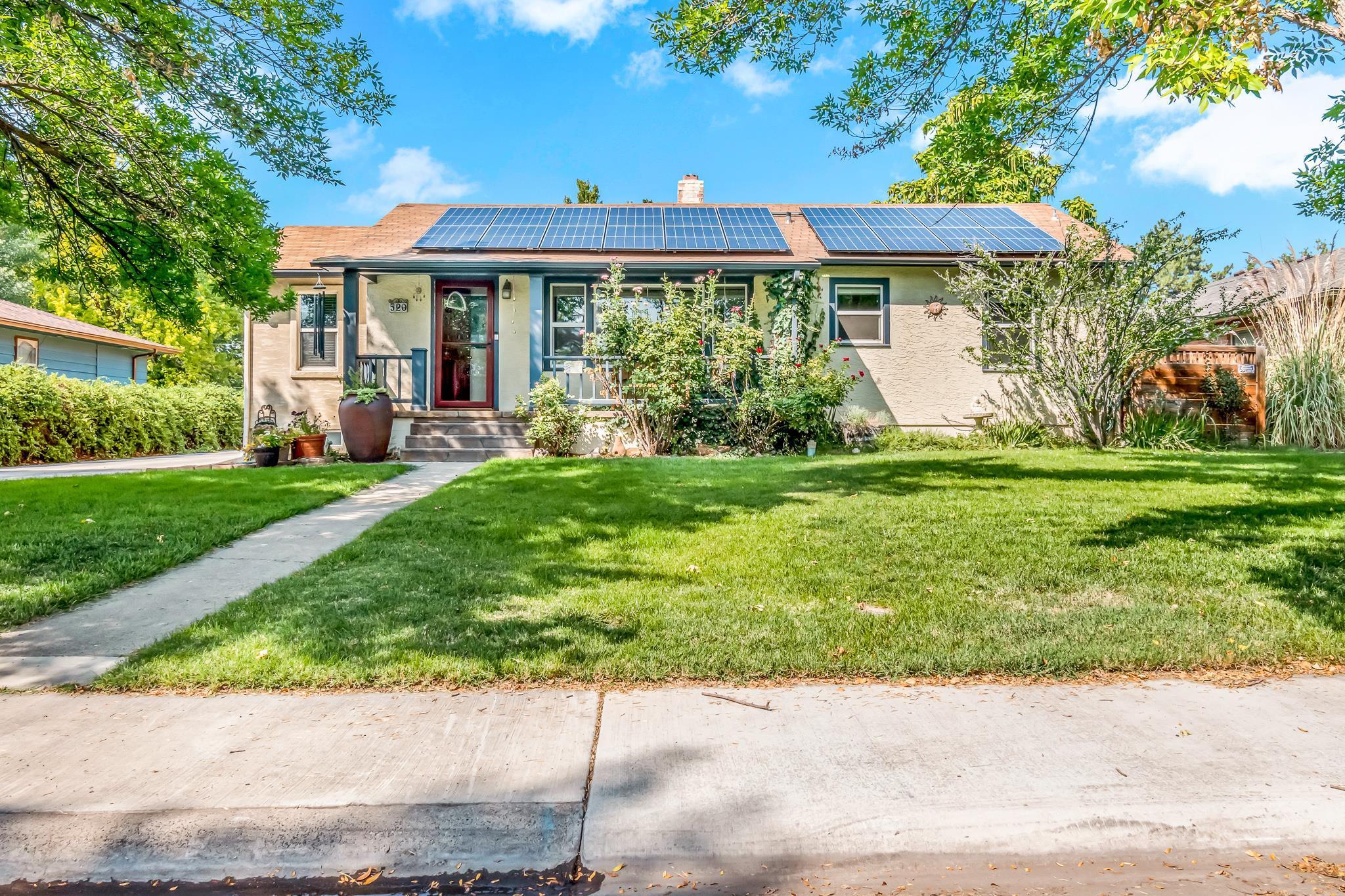 520 Pinyon Avenue Property Photo 1