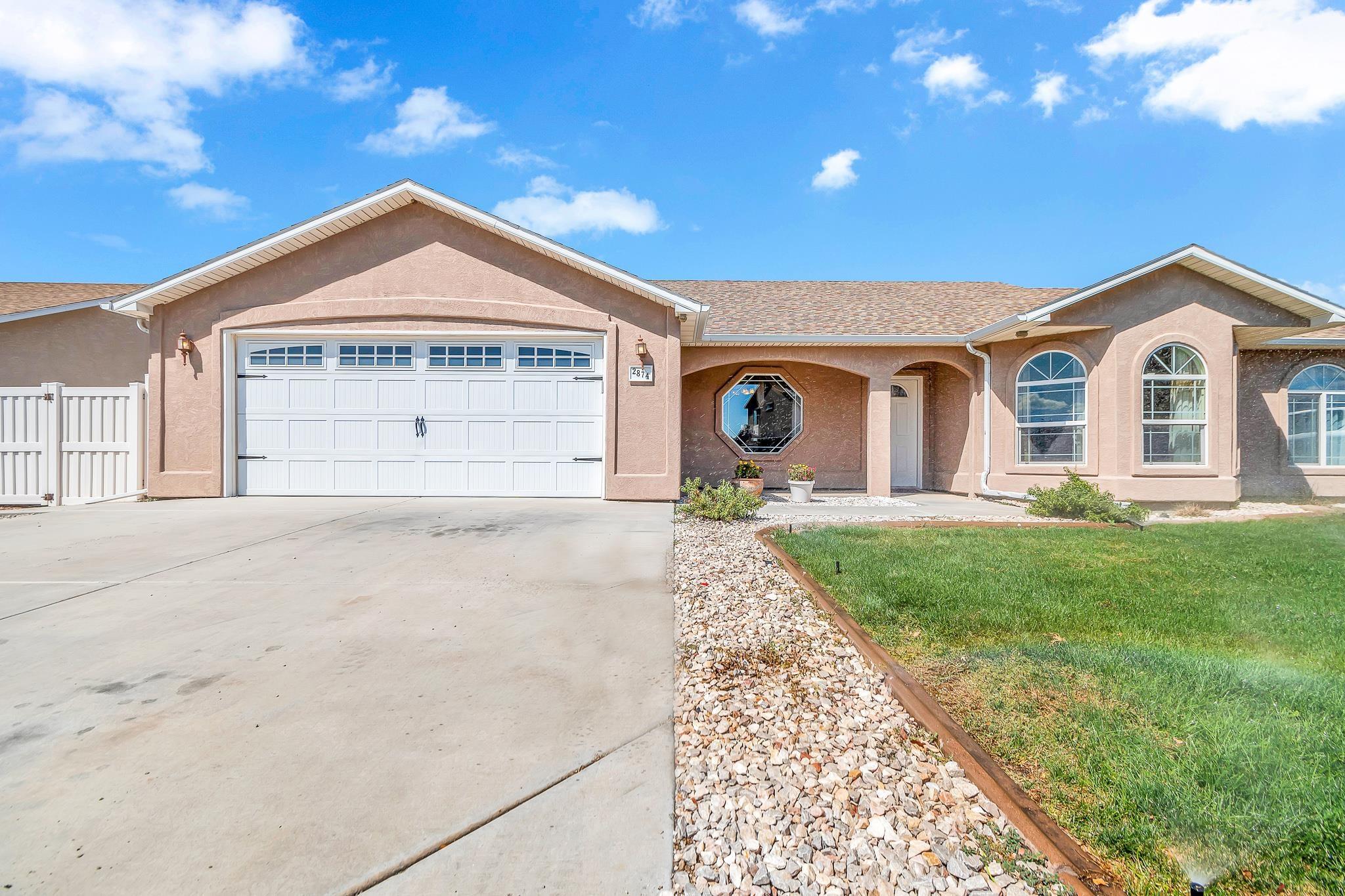 2874 Fall Creek Drive Property Photo 1