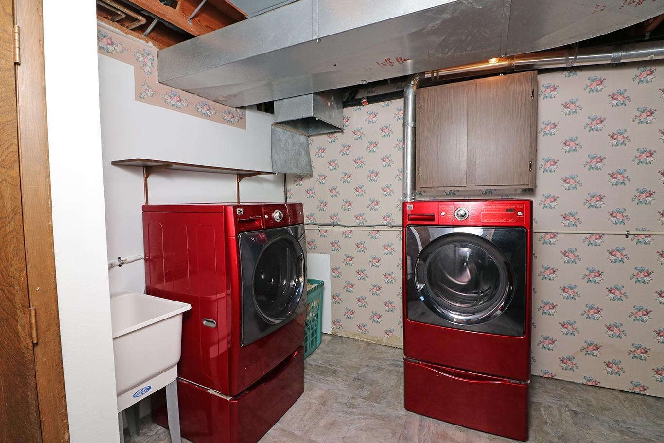 631 Rushmore Drive Property Photo 26