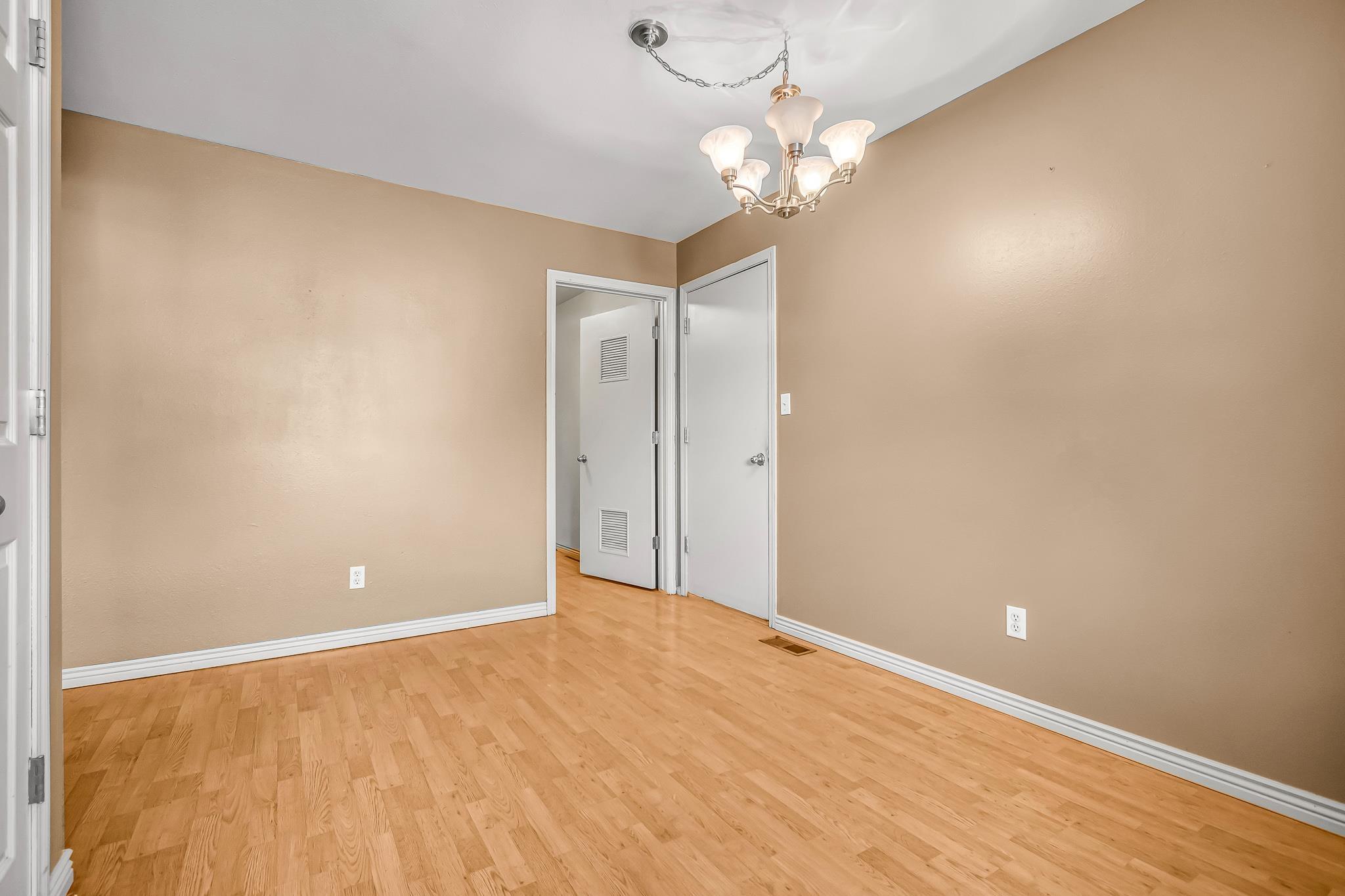 511 Crawford Lane Property Photo 7