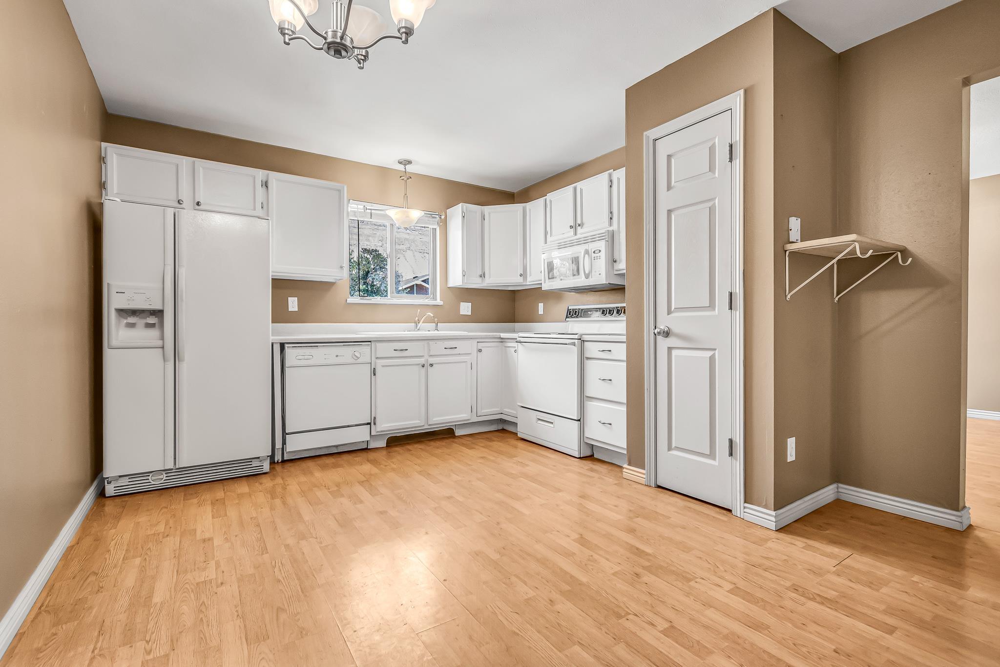 511 Crawford Lane Property Photo 9