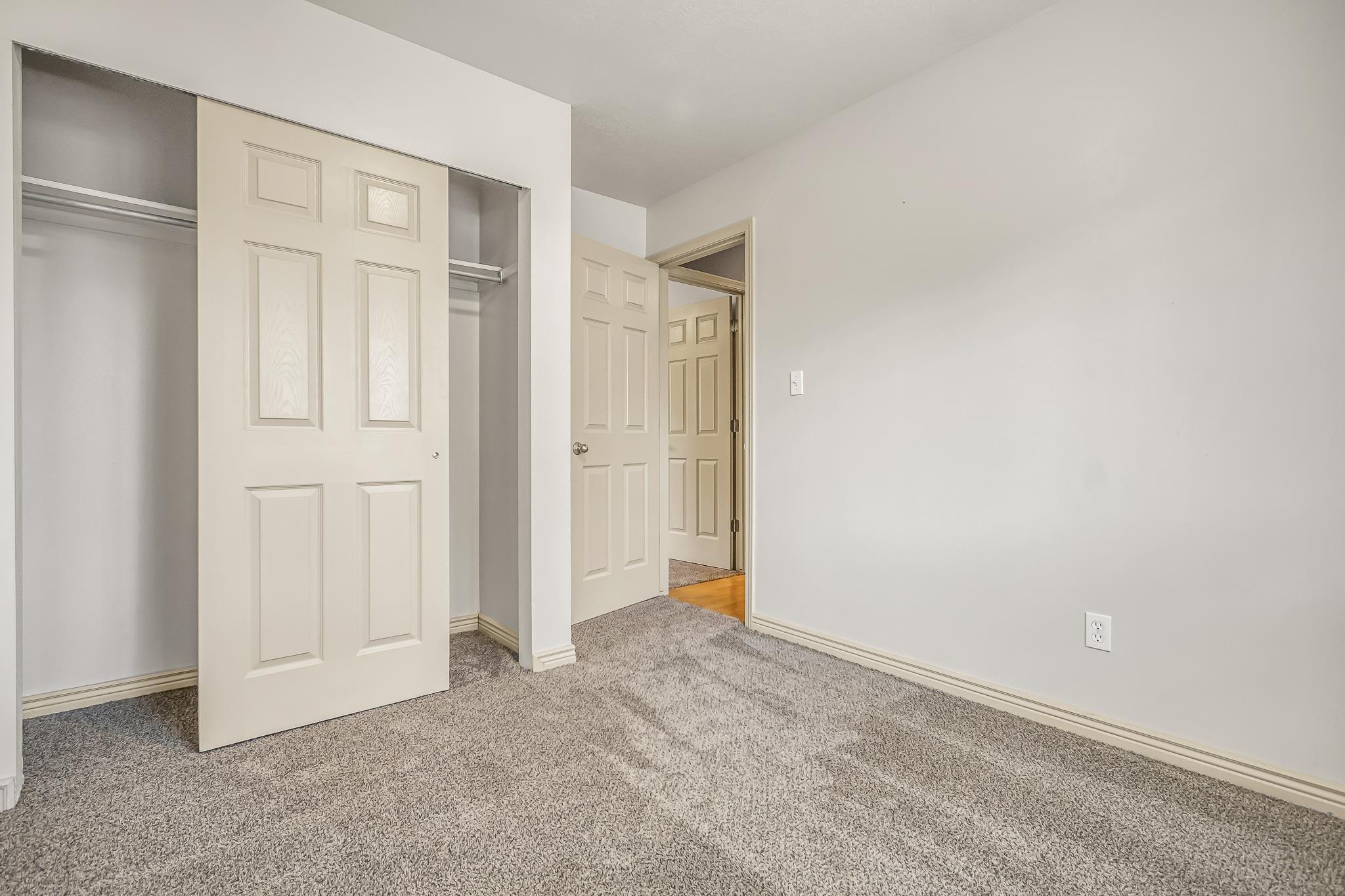 511 Crawford Lane Property Photo 15