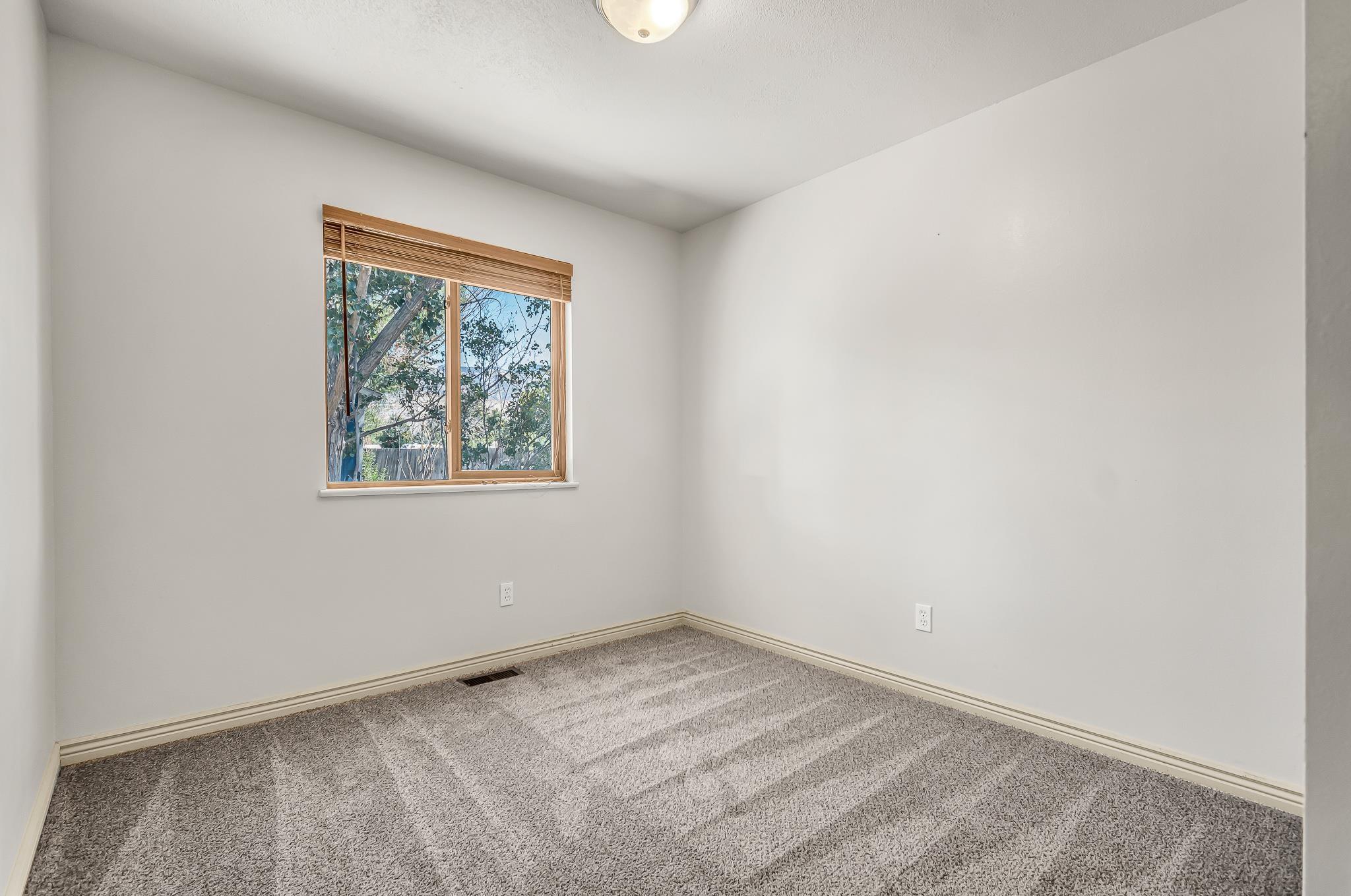 511 Crawford Lane Property Photo 16