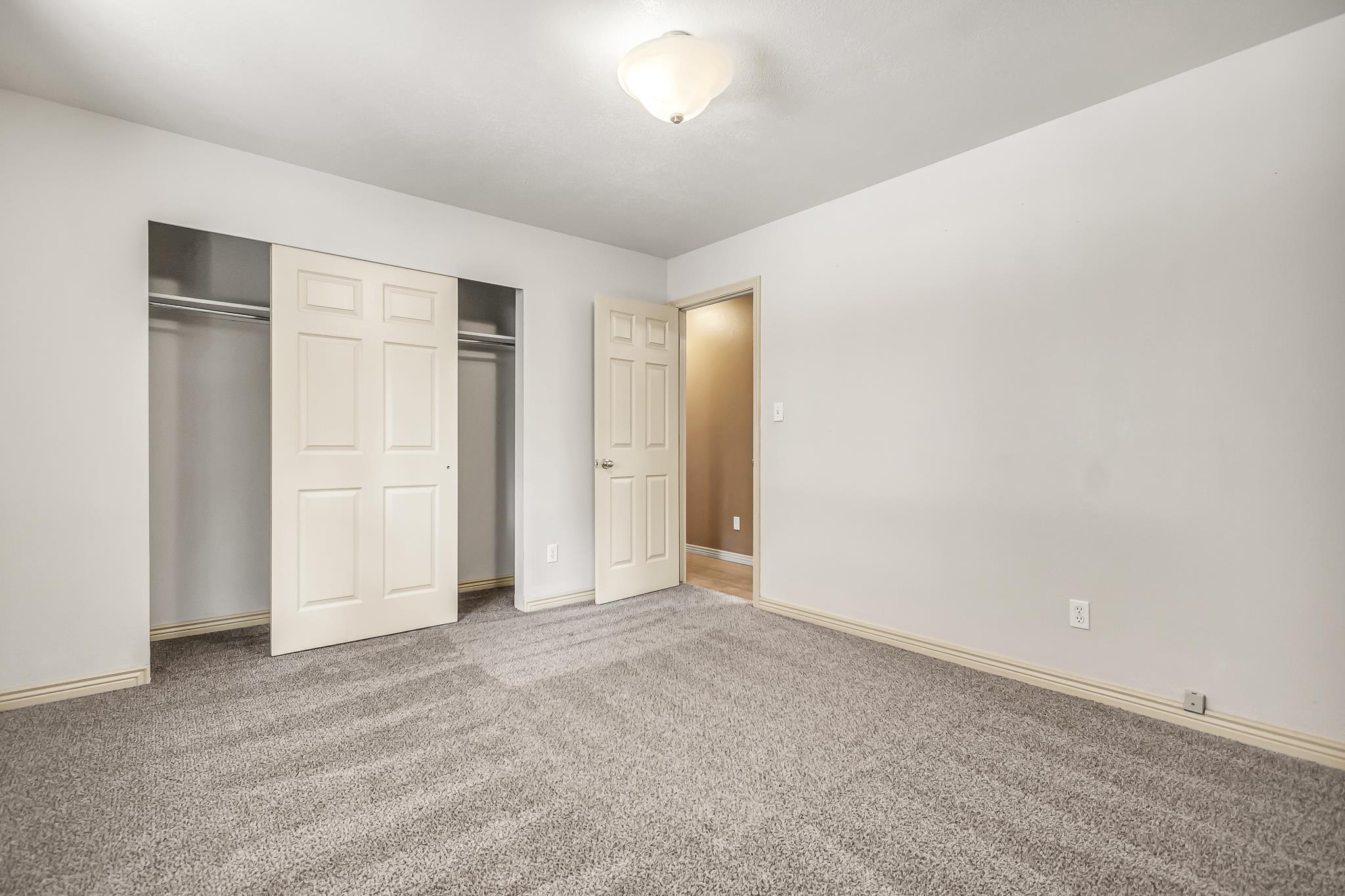 511 Crawford Lane Property Photo 17