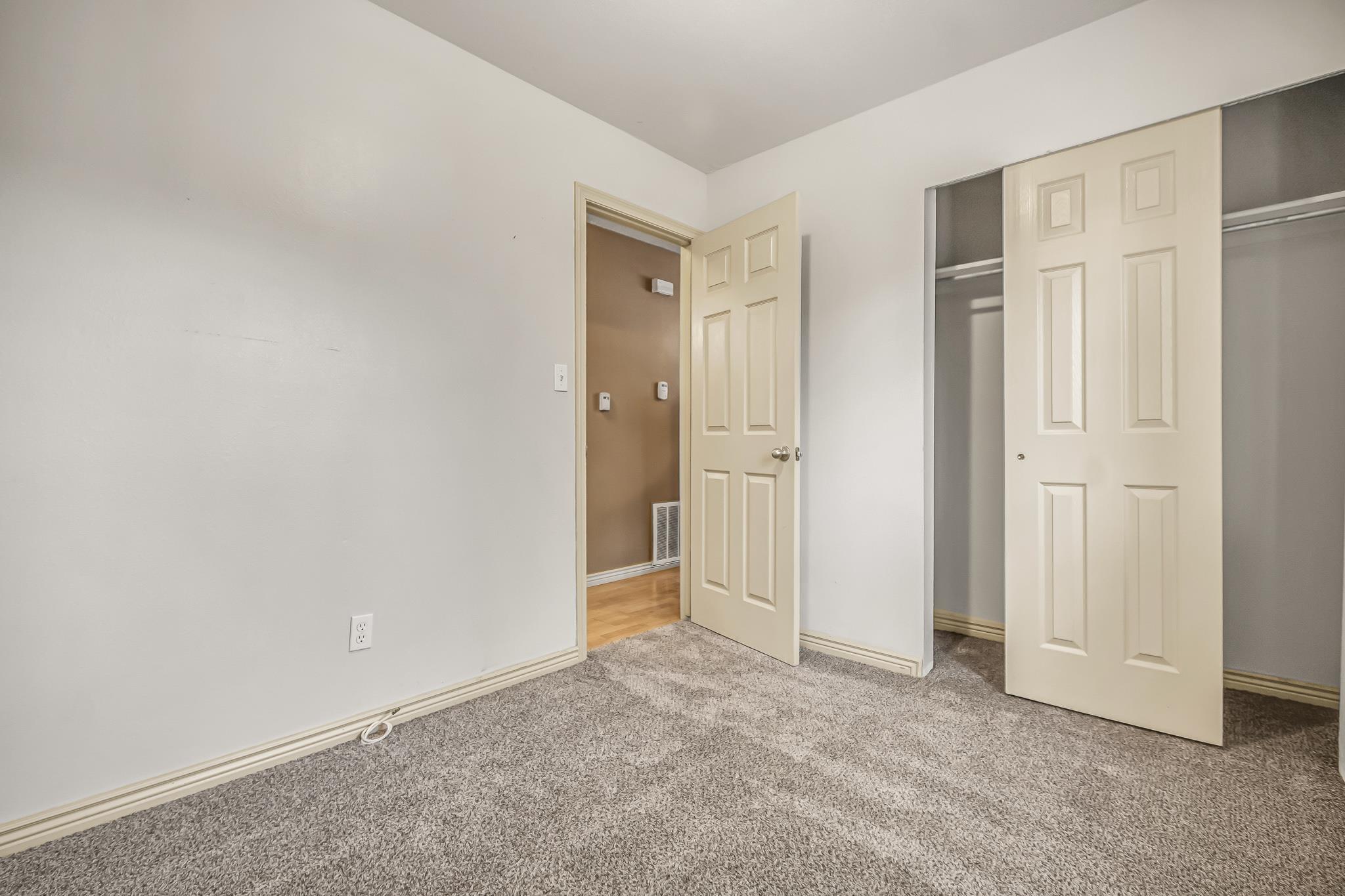 511 Crawford Lane Property Photo 19