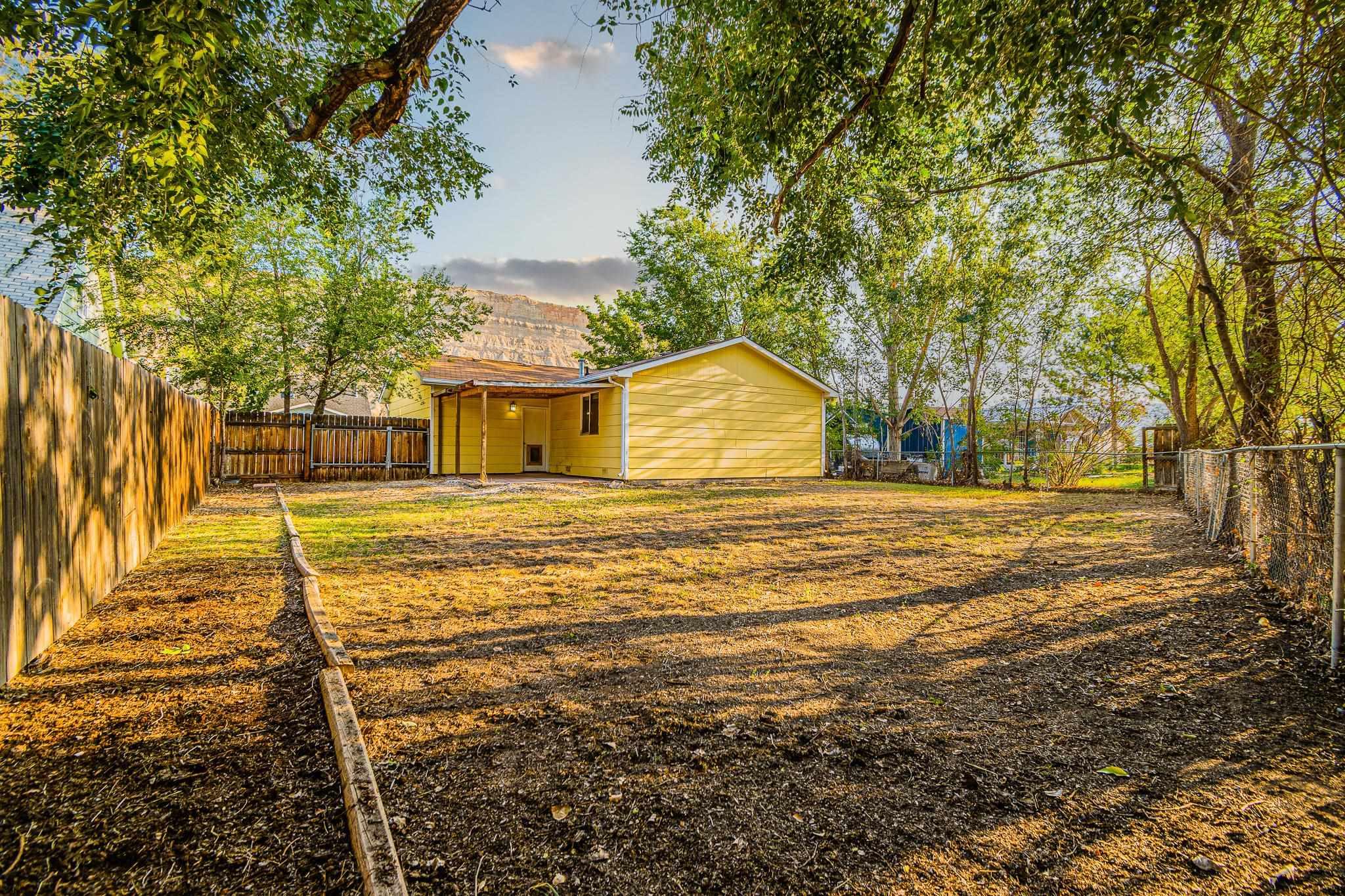 511 Crawford Lane Property Photo 23
