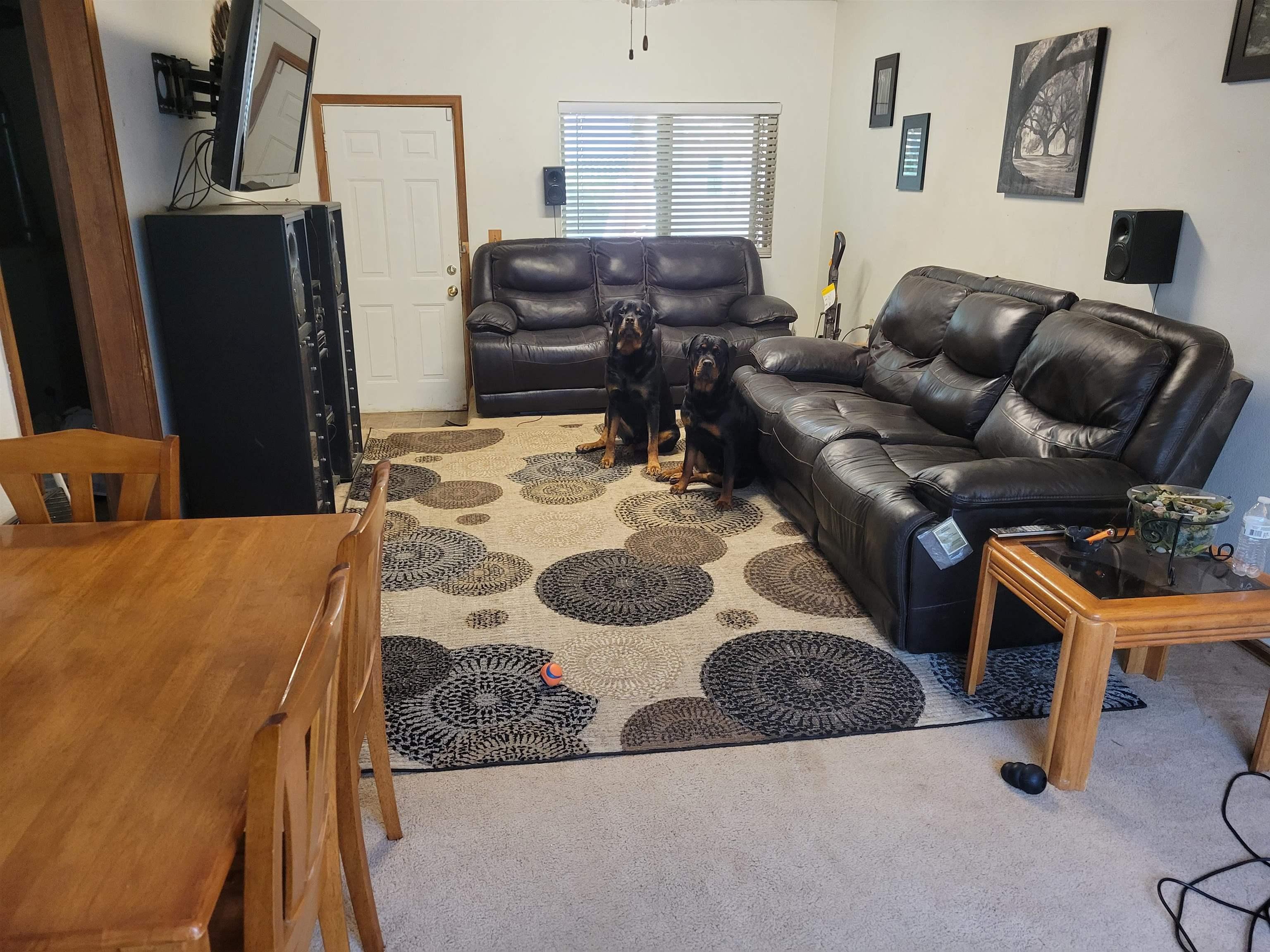 833 Logan Avenue Property Photo 4