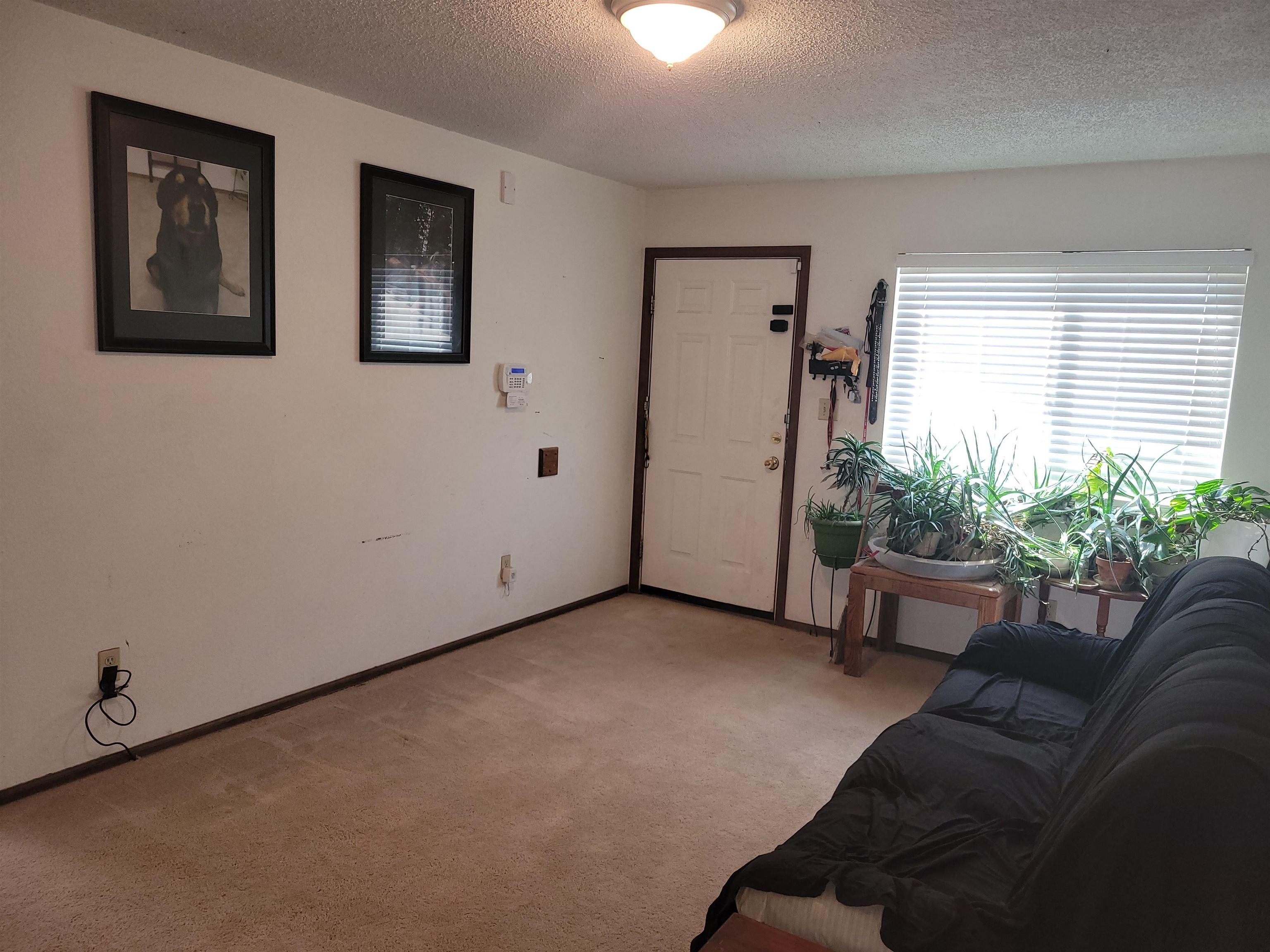 833 Logan Avenue Property Photo 10