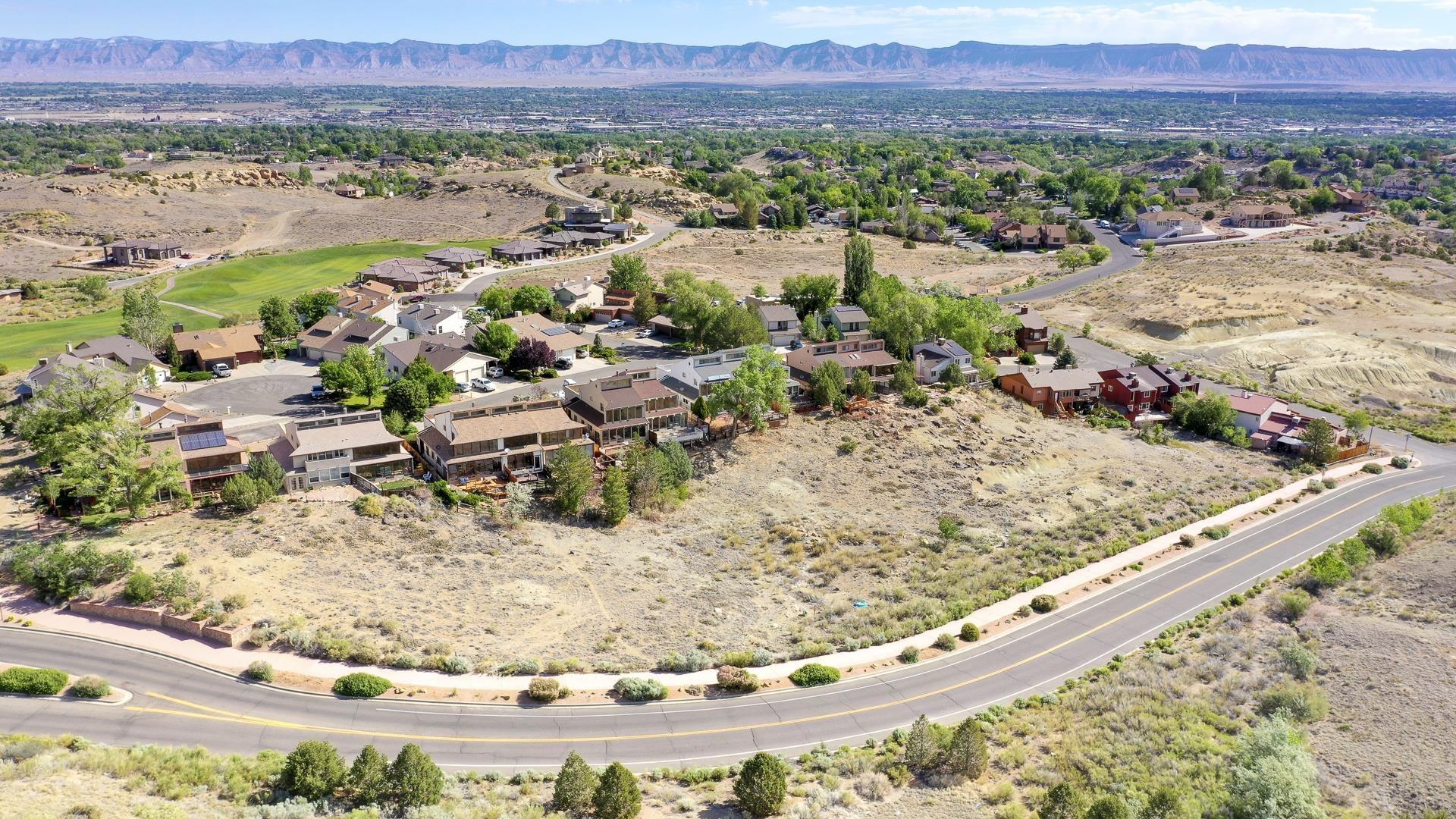 365 W Ridges Boulevard Property Photo 13