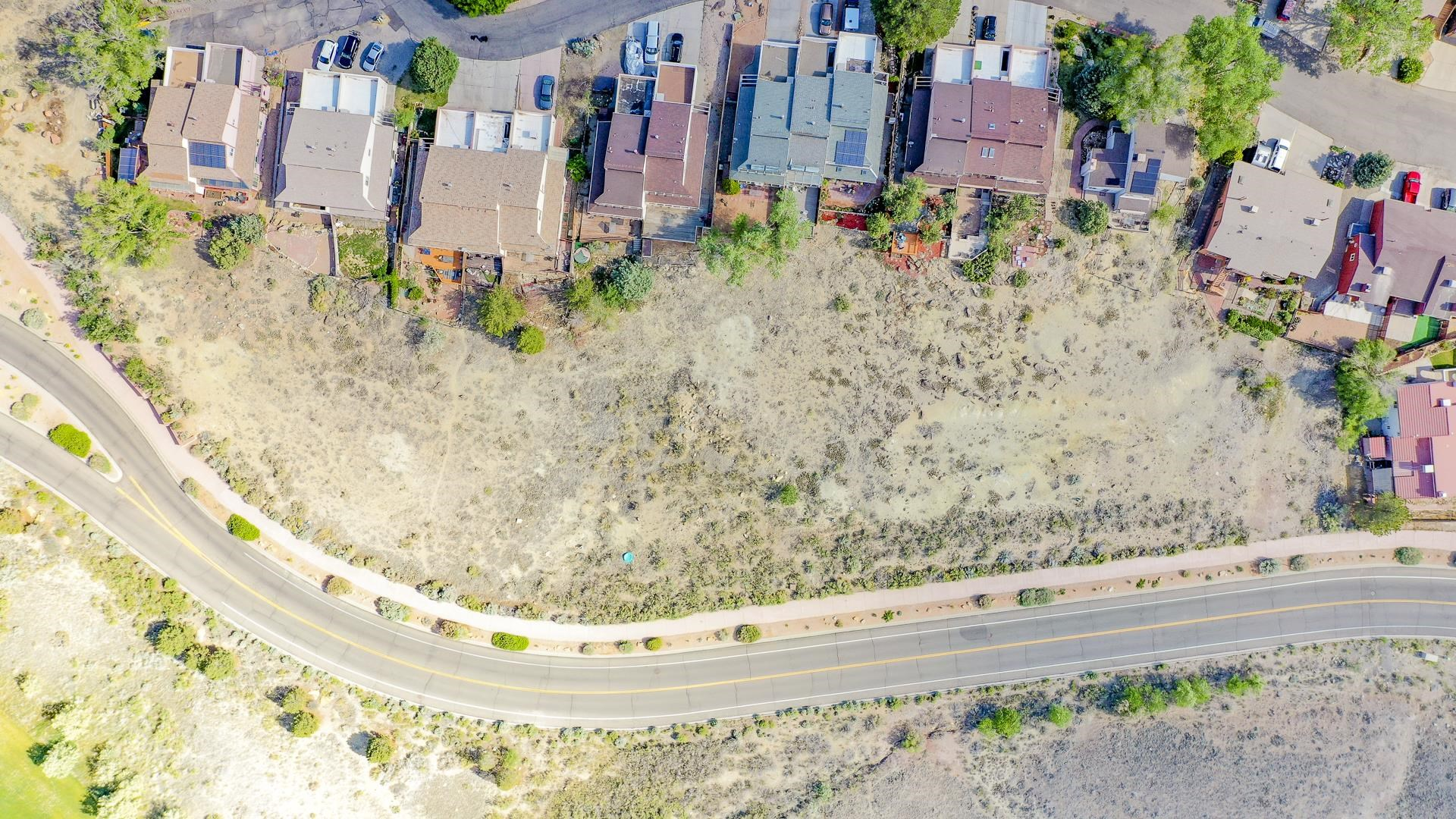 365 W Ridges Boulevard Property Photo 16