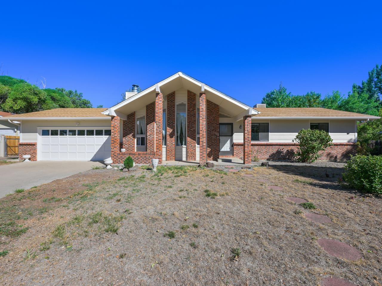584 Starlight Drive Property Photo 1