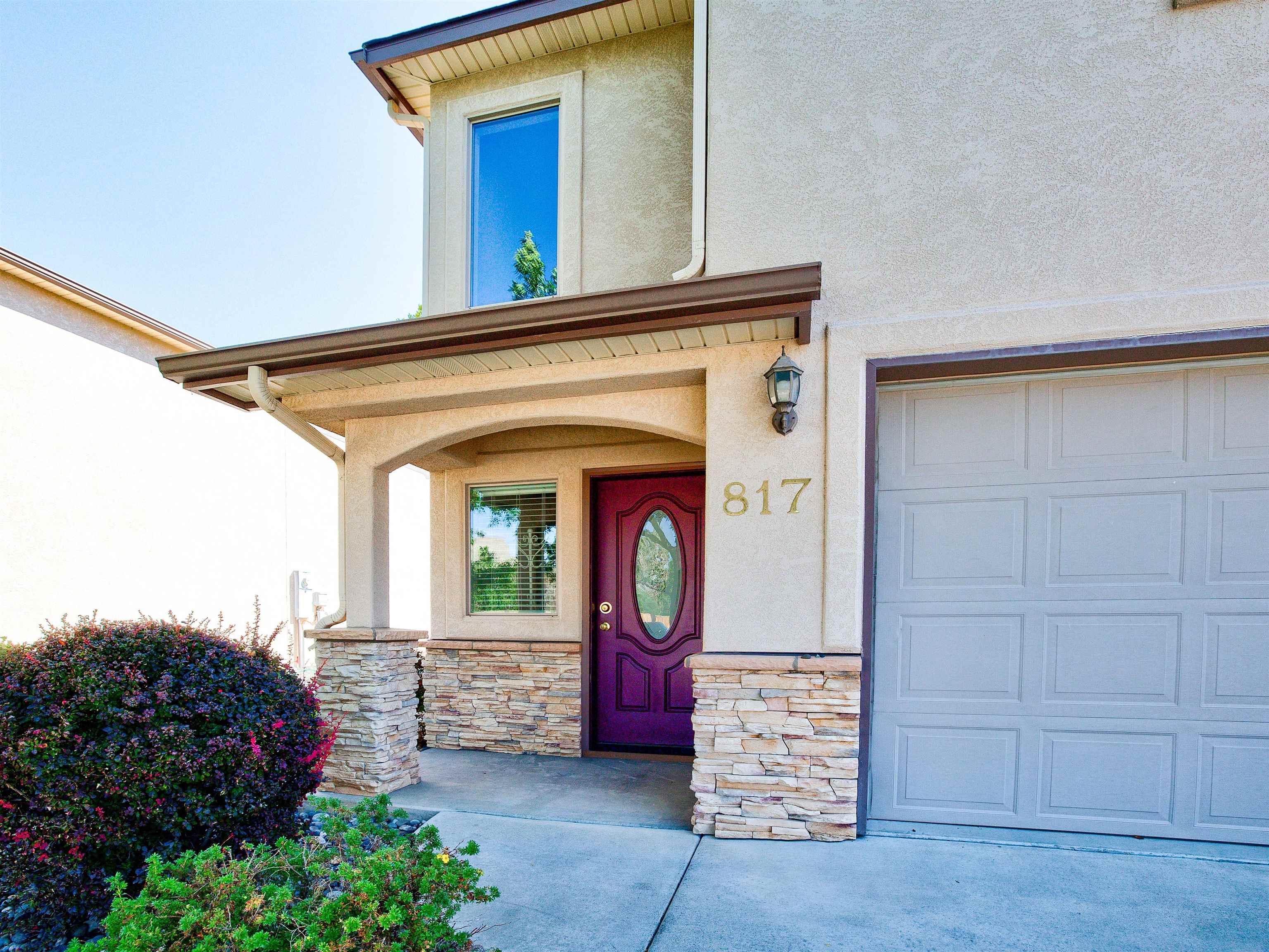 817 Montclair Drive Property Photo 1