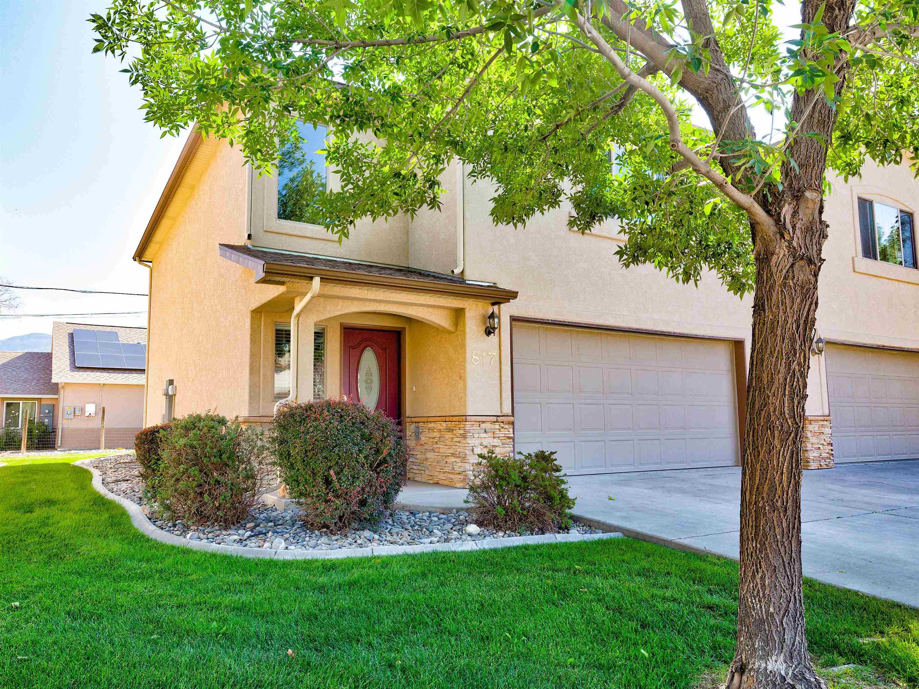 817 Montclair Drive Property Photo 2