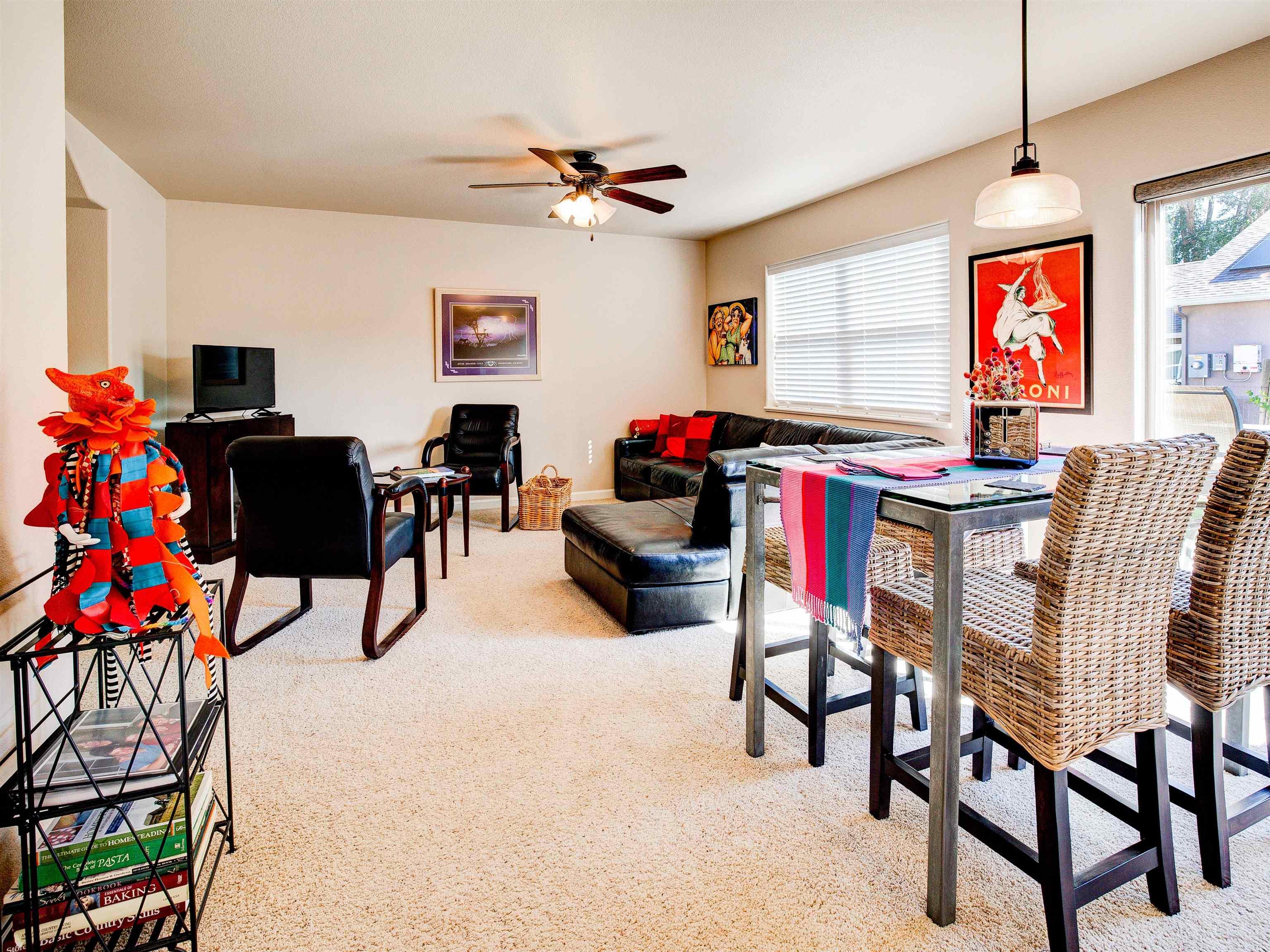 817 Montclair Drive Property Photo 7